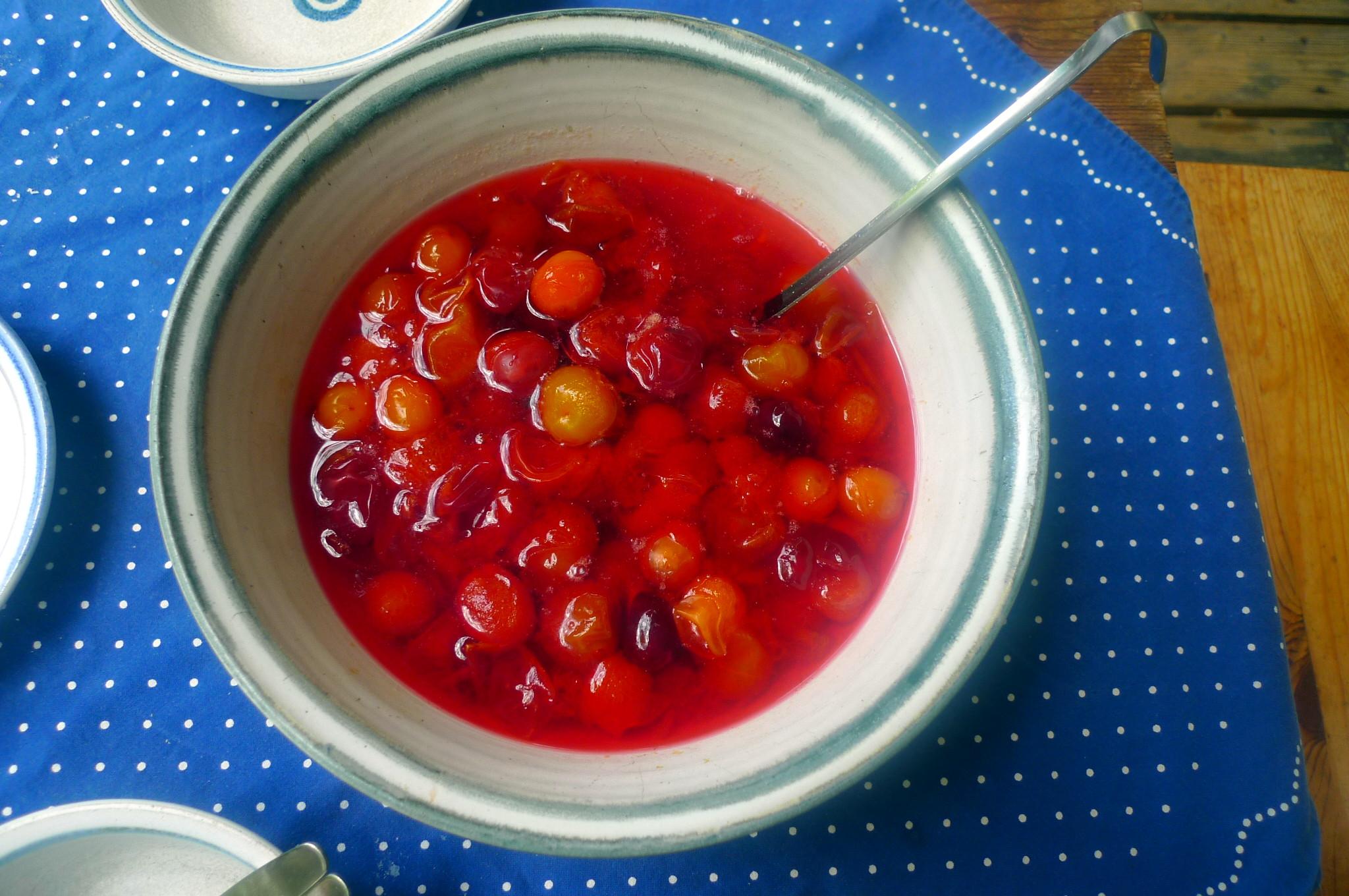 Zucchinispagetthi,Tomatensauce,veganvegetarisch -15.8.15 (19)