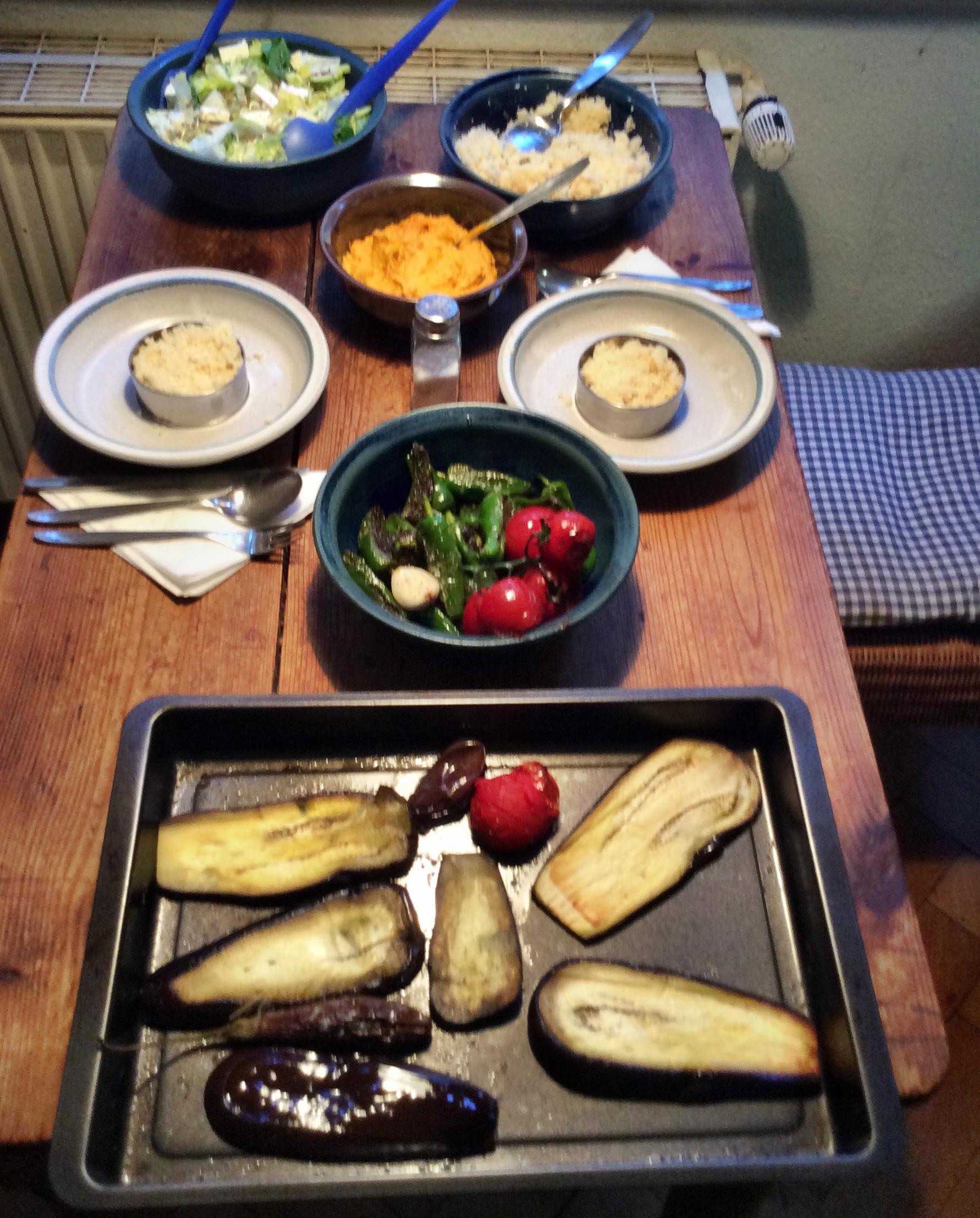 Couscous,Kürbis Dip,Pimientos,Auberginen - 23.10.15   (6)