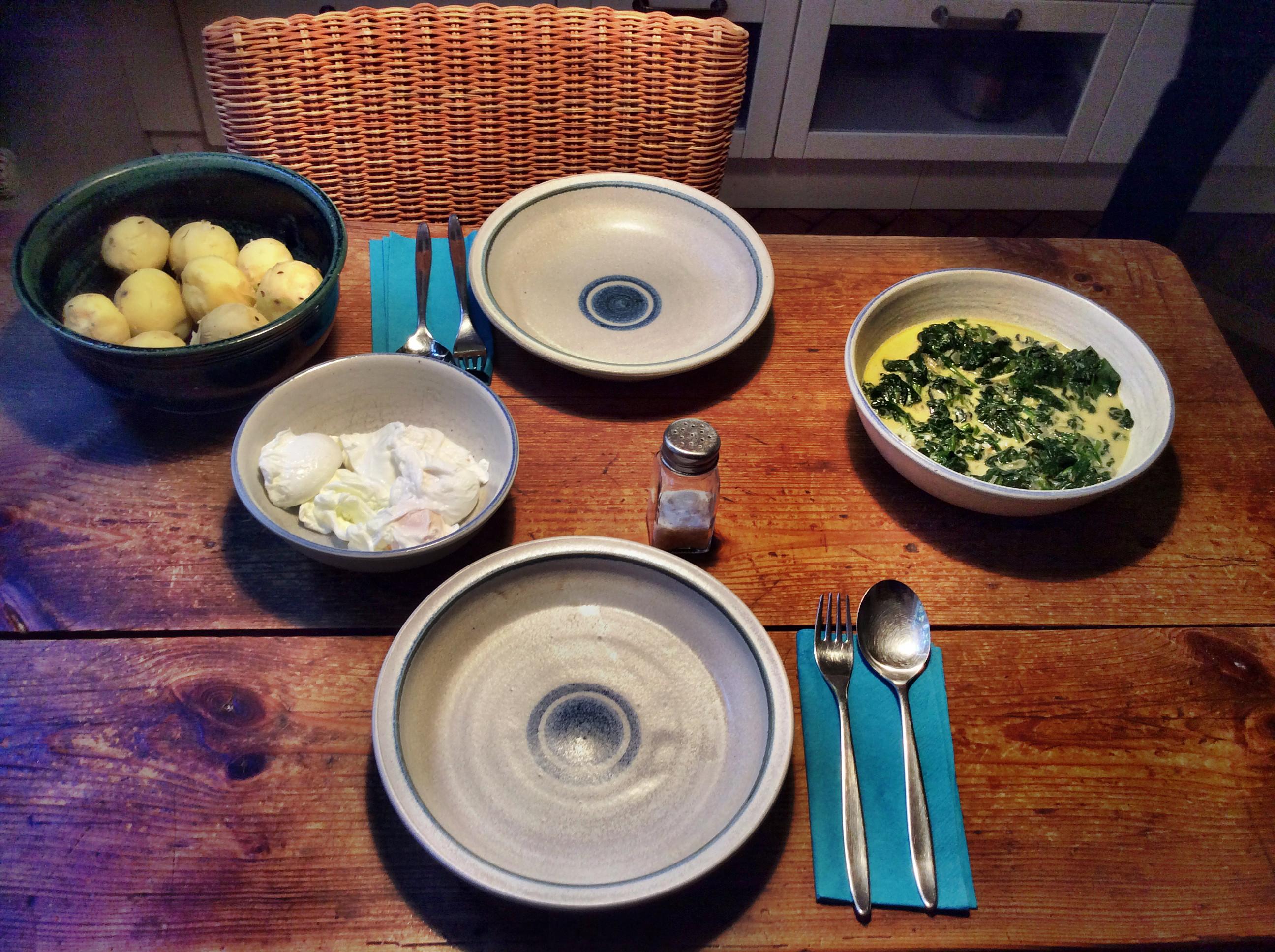 Spinat,pochierte Eier -2.10.15   (4)