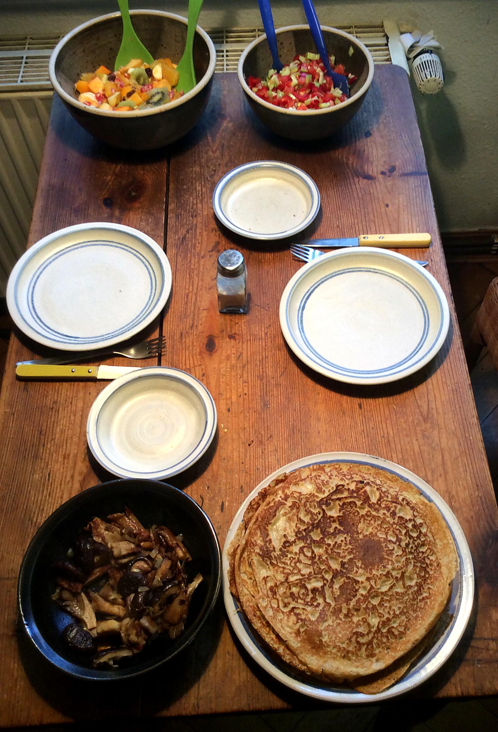 Pfannkuchen ,Pilze,Salat,Obstsalat -21.11.15   (13)