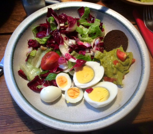 Salat,Guacamole,Wachtelei -31.12.15   (1)