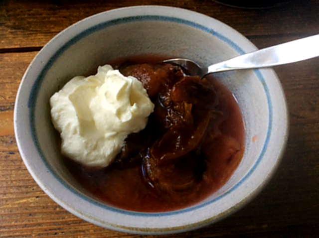 12.2.16 - Brathering,Taler,Gurkensalat,Dessert  (2)