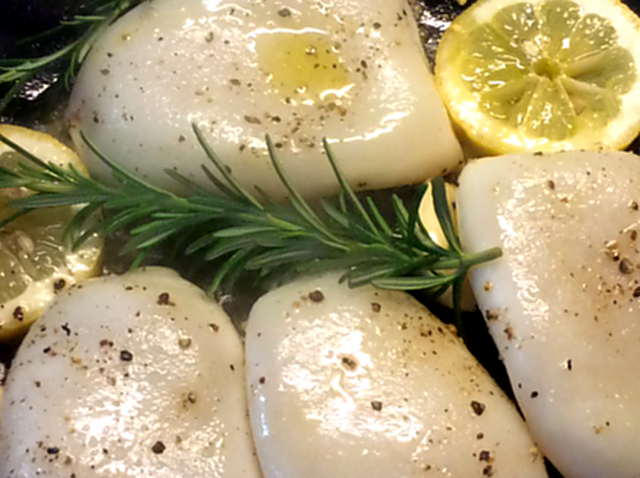 13.4.16 - Tintenfisdch Tuben,Tomaten,Baguette   (9)