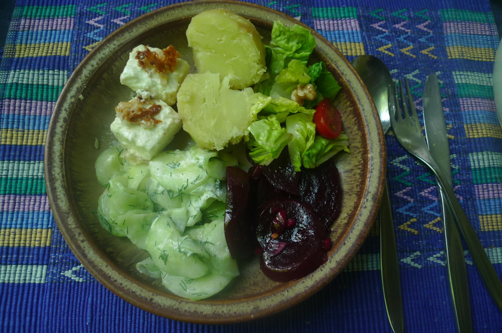 20.6.16 - Salate,Feta,Kartoffeln,Dessert (10)