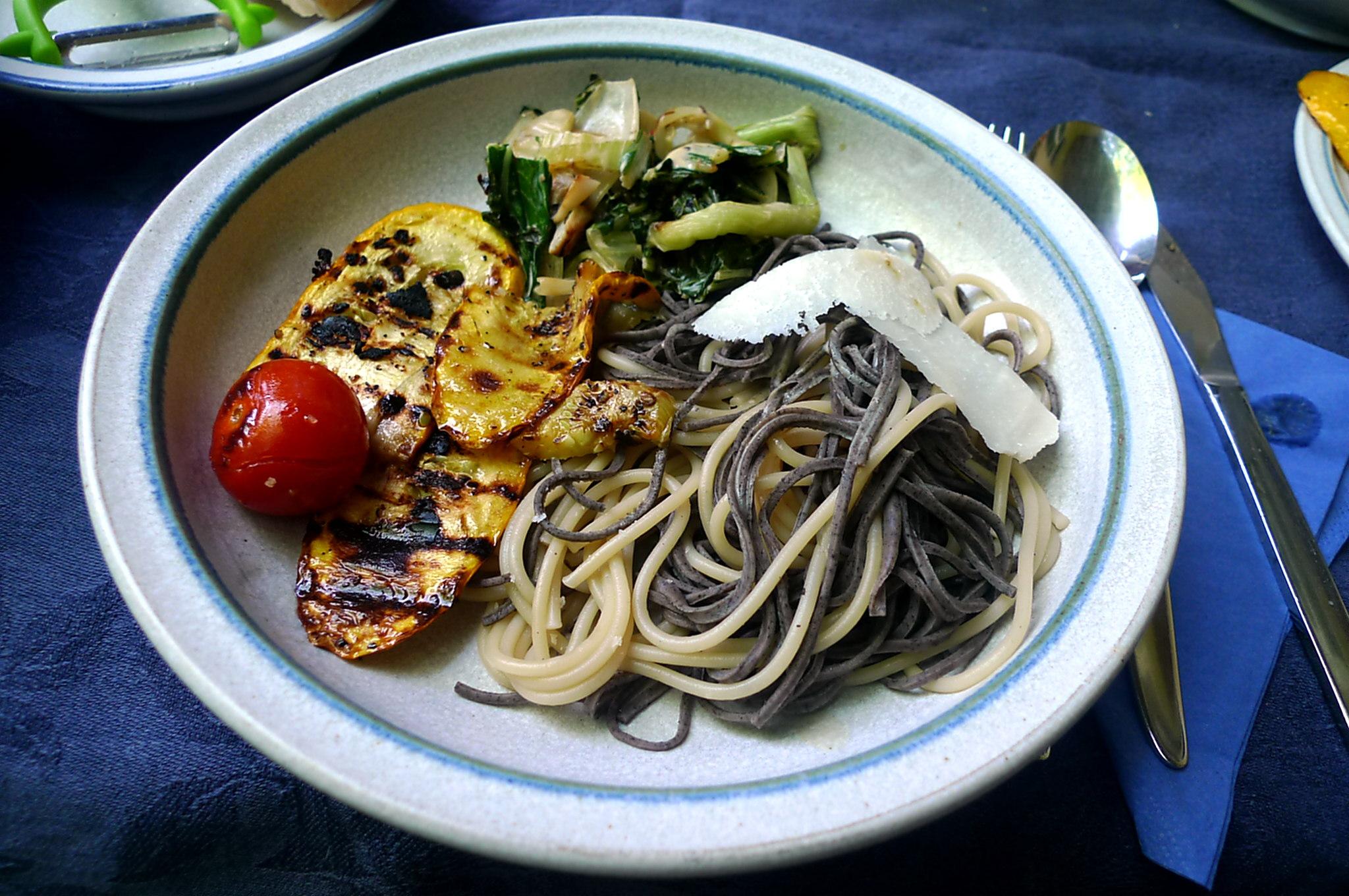 7.6.16 - Pak Choi,Zucchini,Nudeln (2)