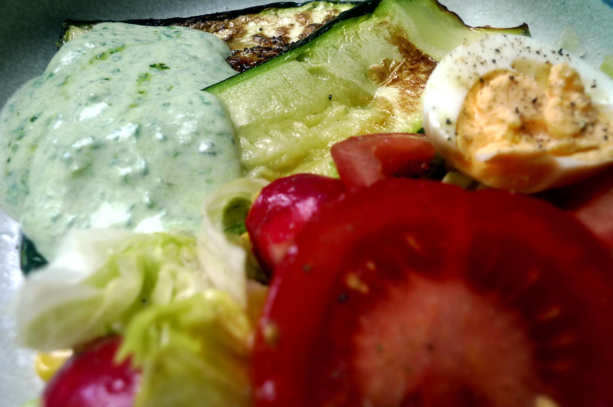10.7.16 -. Salat,Zucchini,Dip,vegetarisch (13)