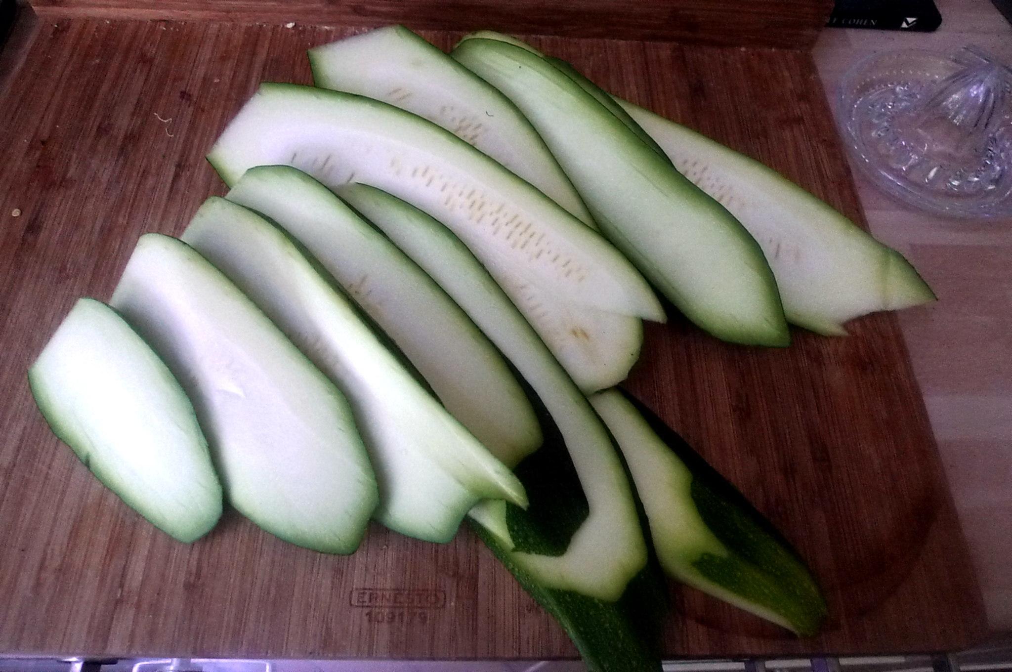 10.7.16 -. Salat,Zucchini,Dip,vegetarisch (4)