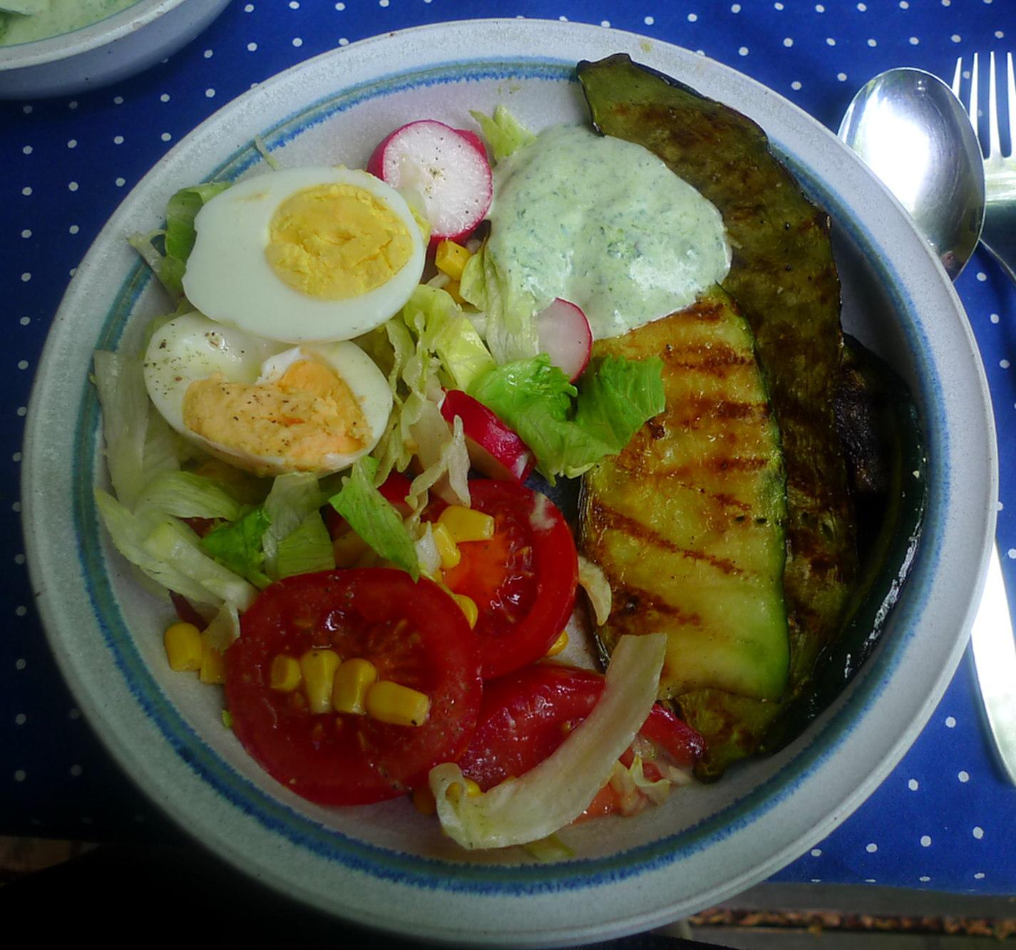 10.7.16 -. Salat,Zucchini,Dip,vegetarisch (9)