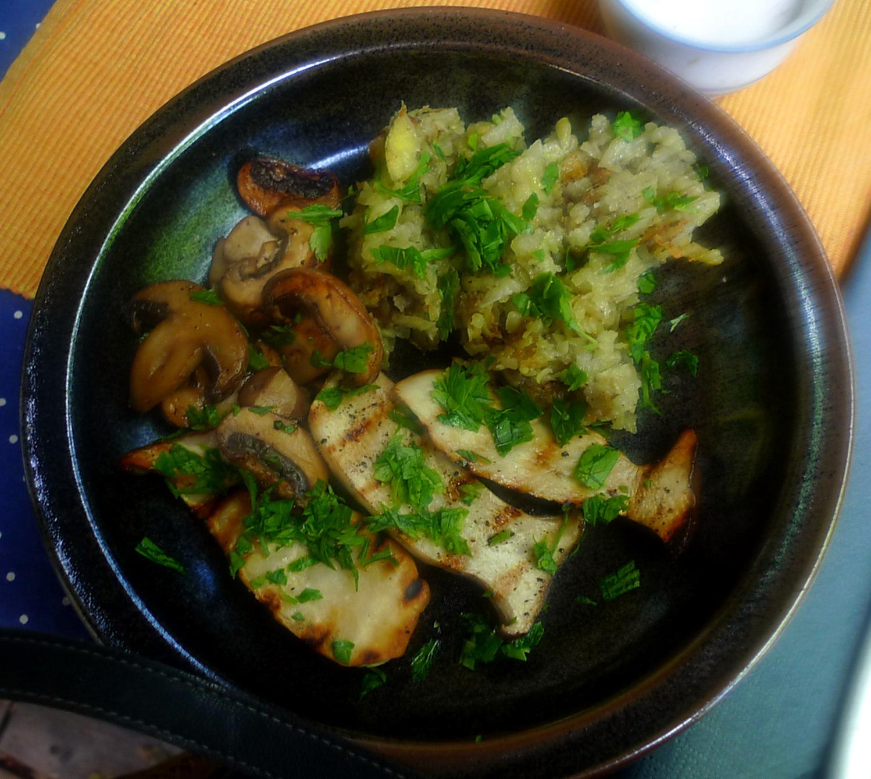 4.7.16 - rohgebratene Kartoffel,Pilze,vegan  (1)