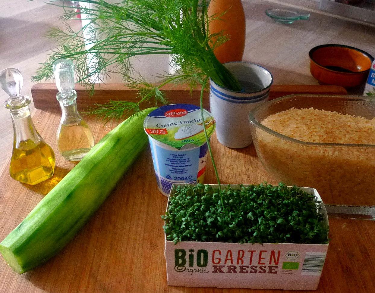 lachsreisrosenkohlsalatgurkensalat-3