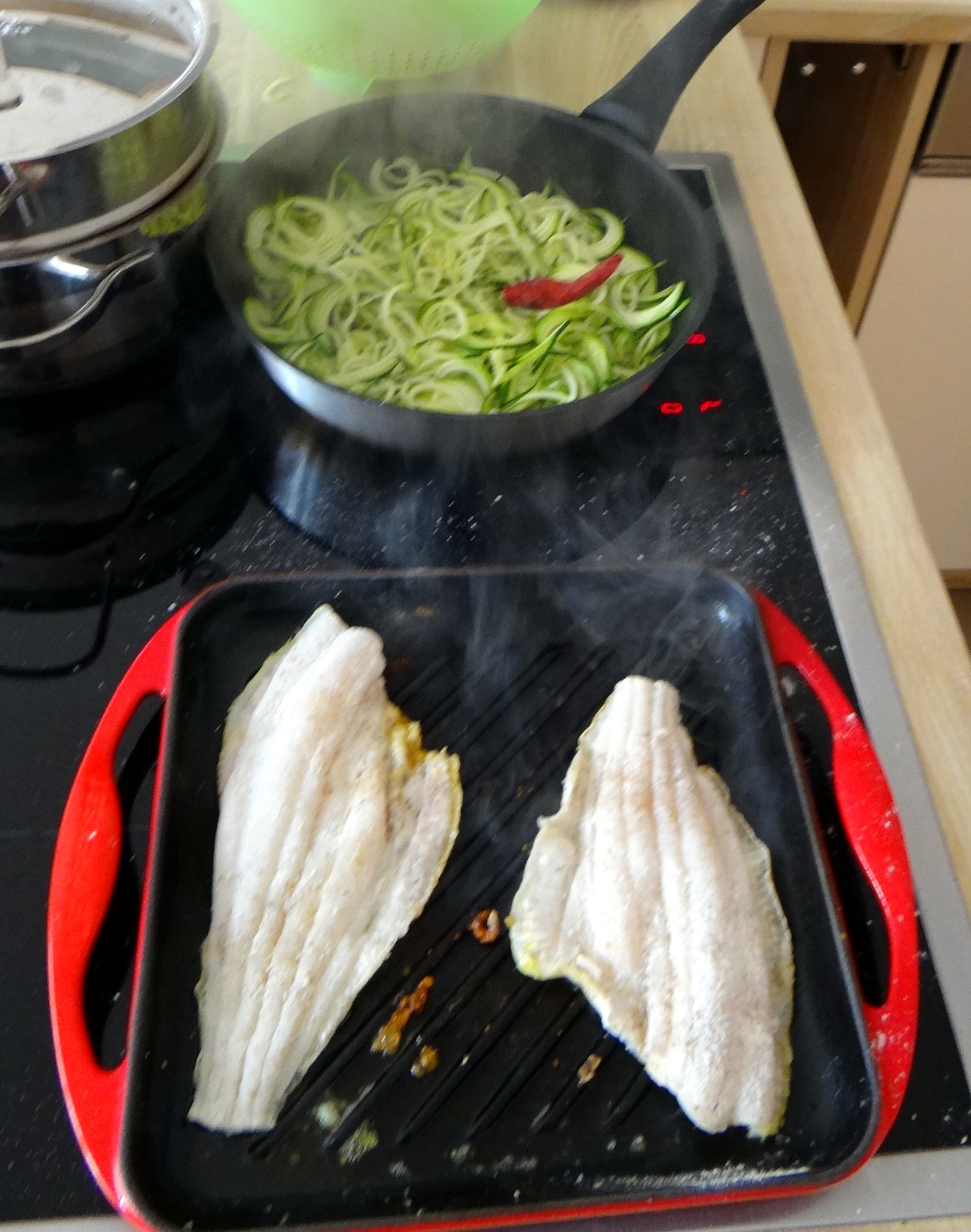 schollezucchini-spaghettitomatesalat-3