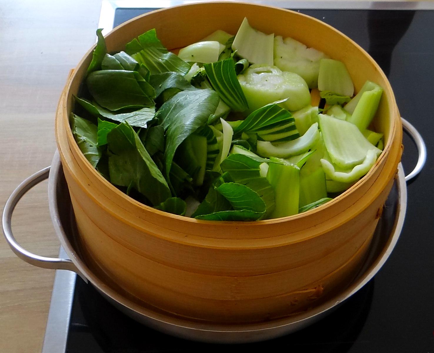 Brokkoli mit Erdnüssen und Glasnudeln (12)
