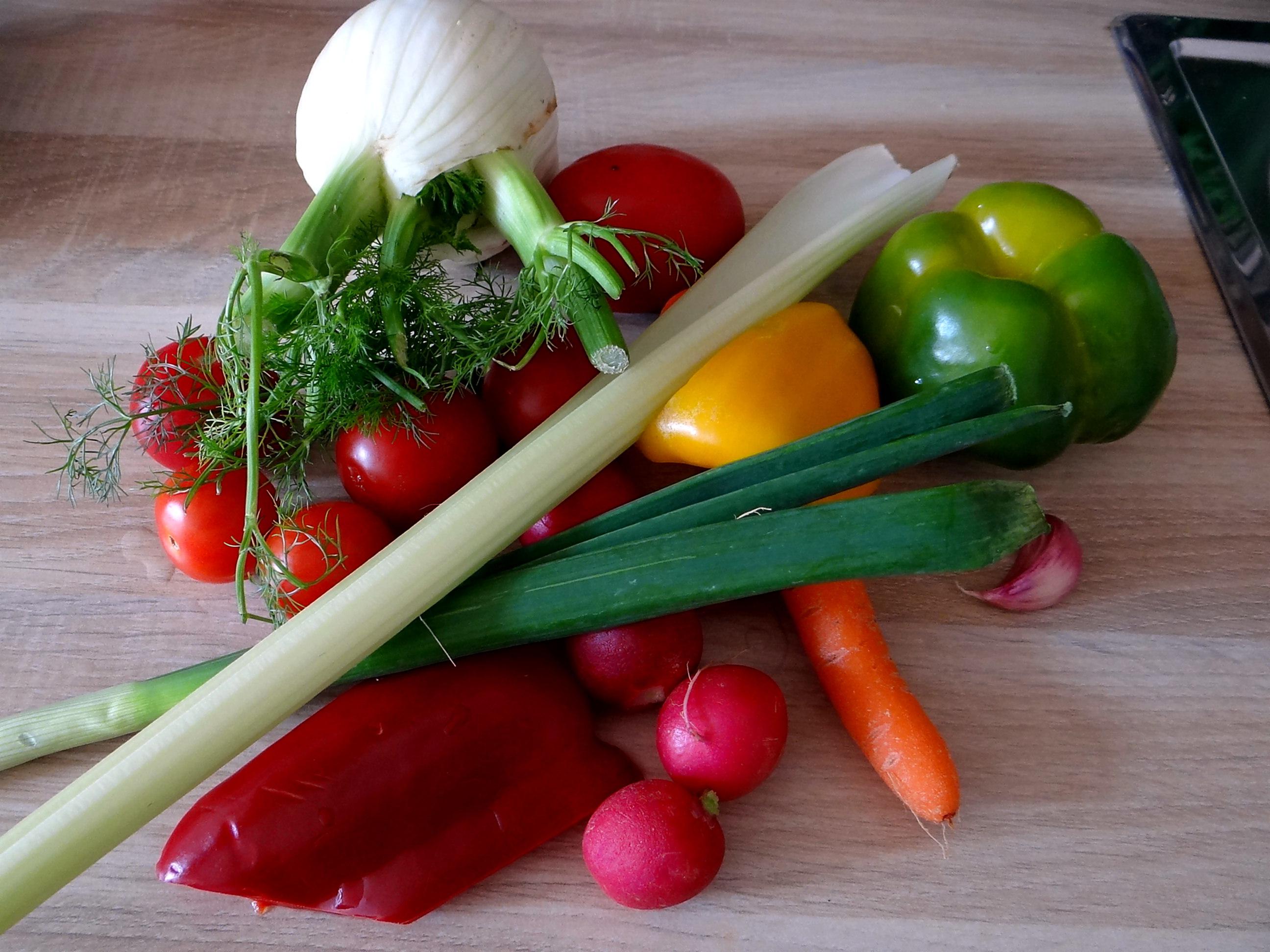 Forelle,Kartoffeln,Salat,Dips (4)