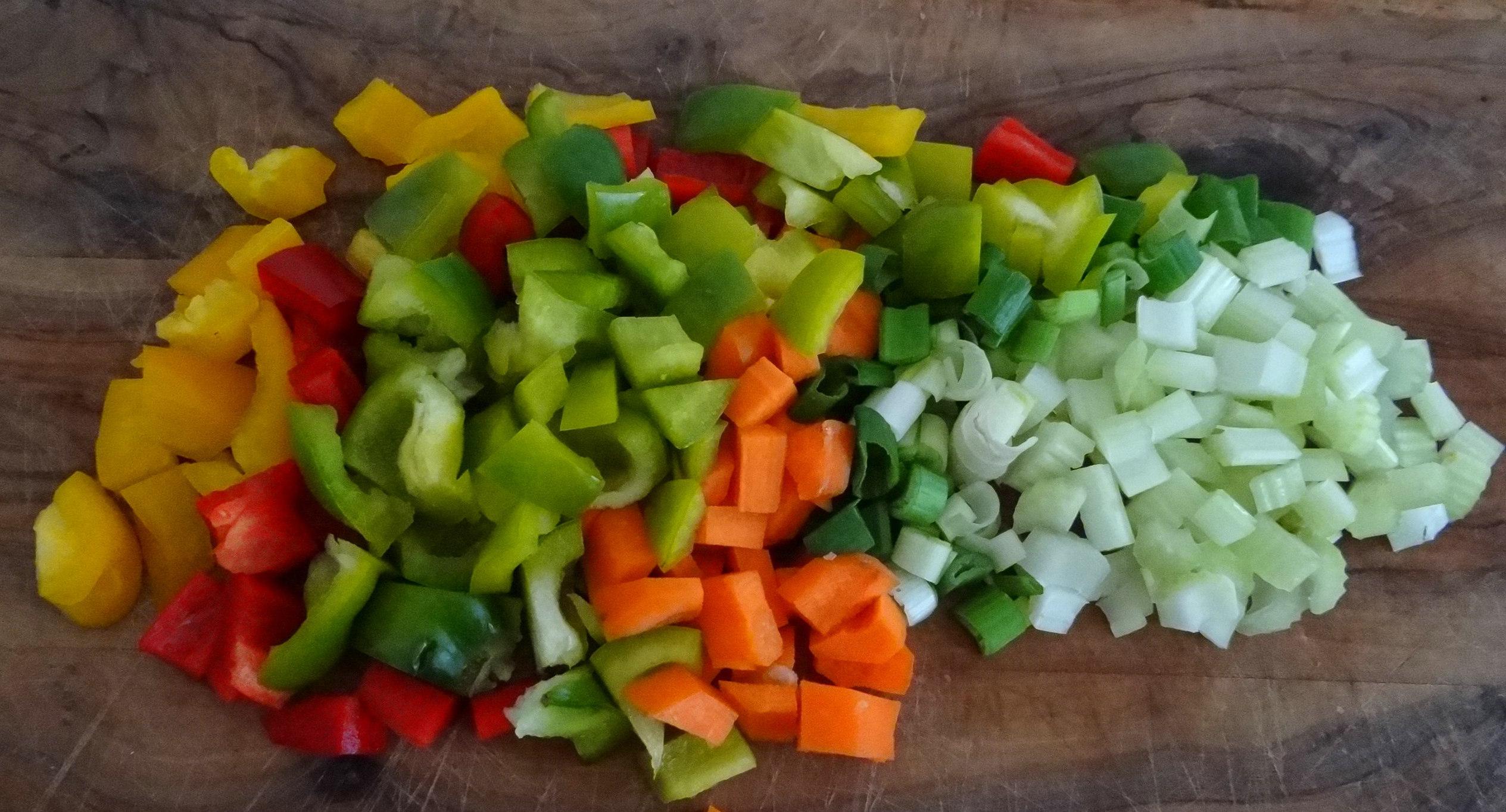 Forelle,Kartoffeln,Salat,Dips (5)