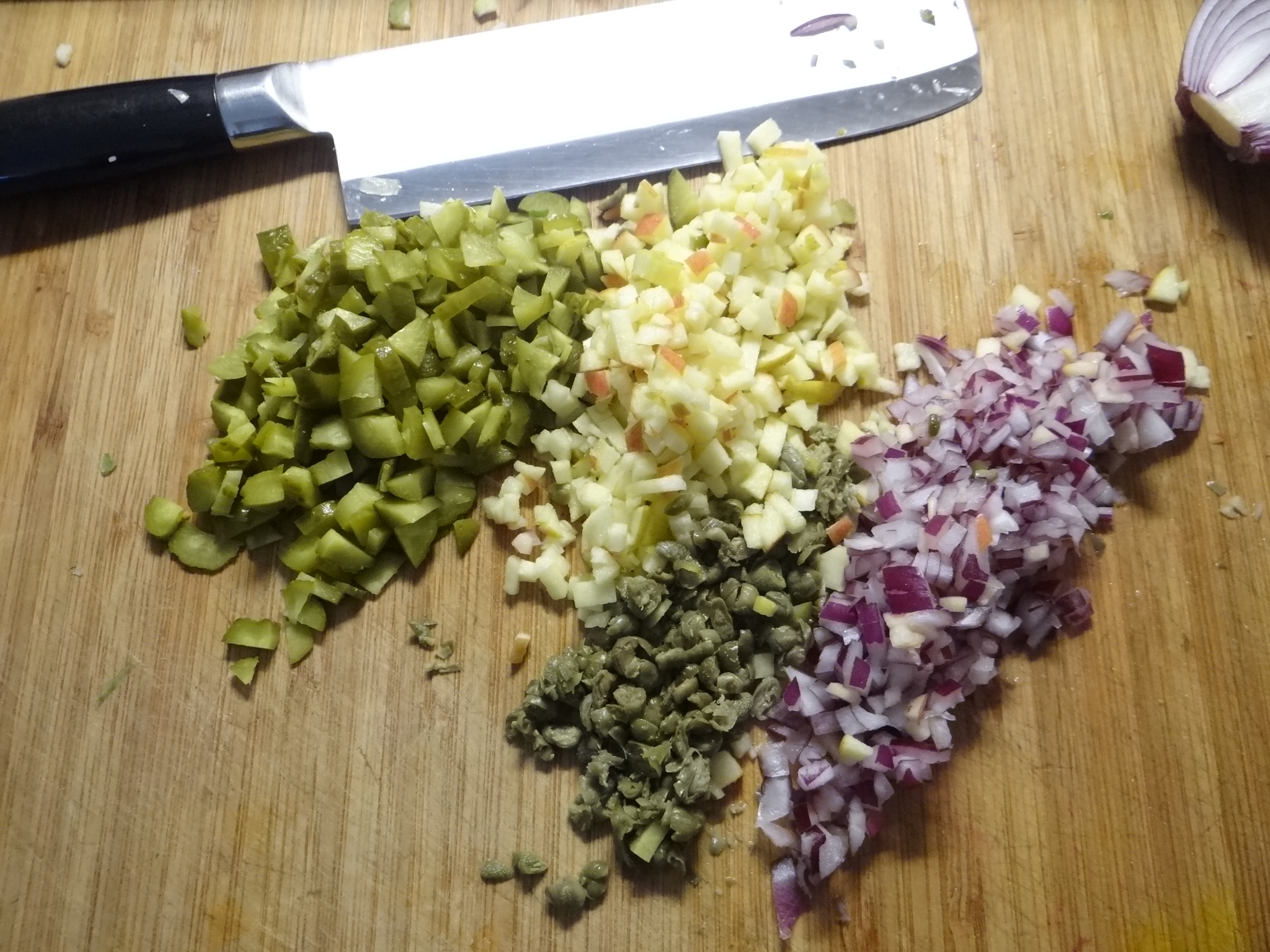 Matjes Tatar,Salate,Pellkartoffeln (8)