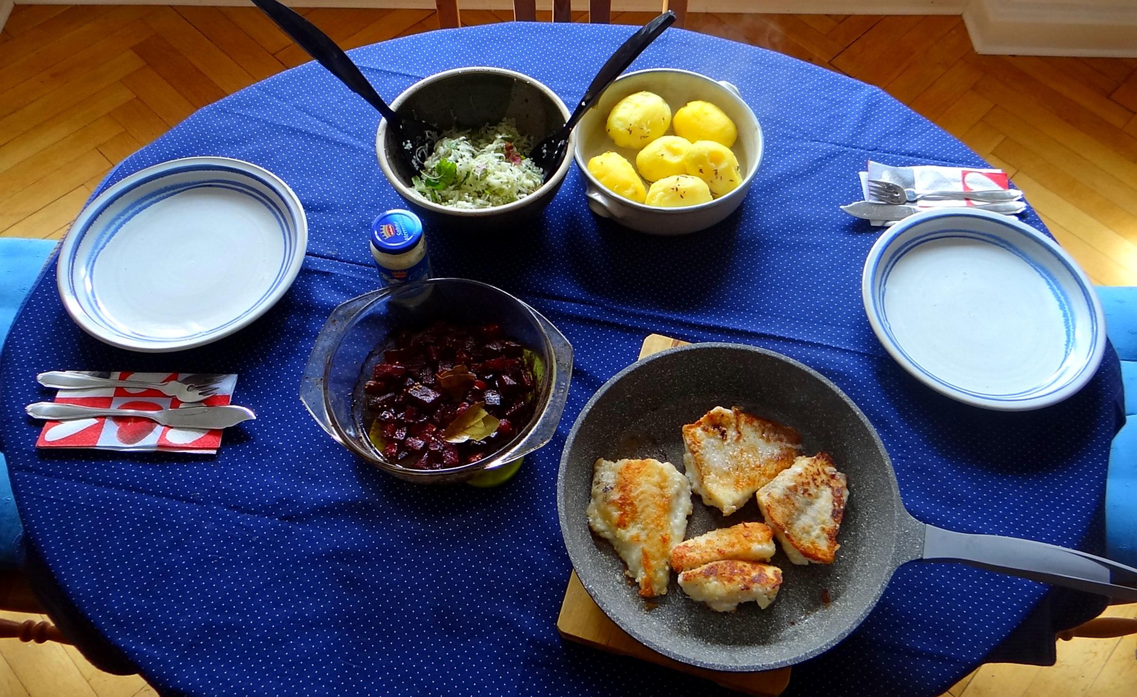 Kabelja,Rote Beete Gemüse,Kohlrabisalat,Pellkartoffel (3)