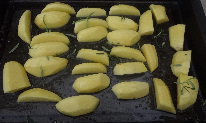 Kabeljau,Salate,Ofenkartoffeln (13)