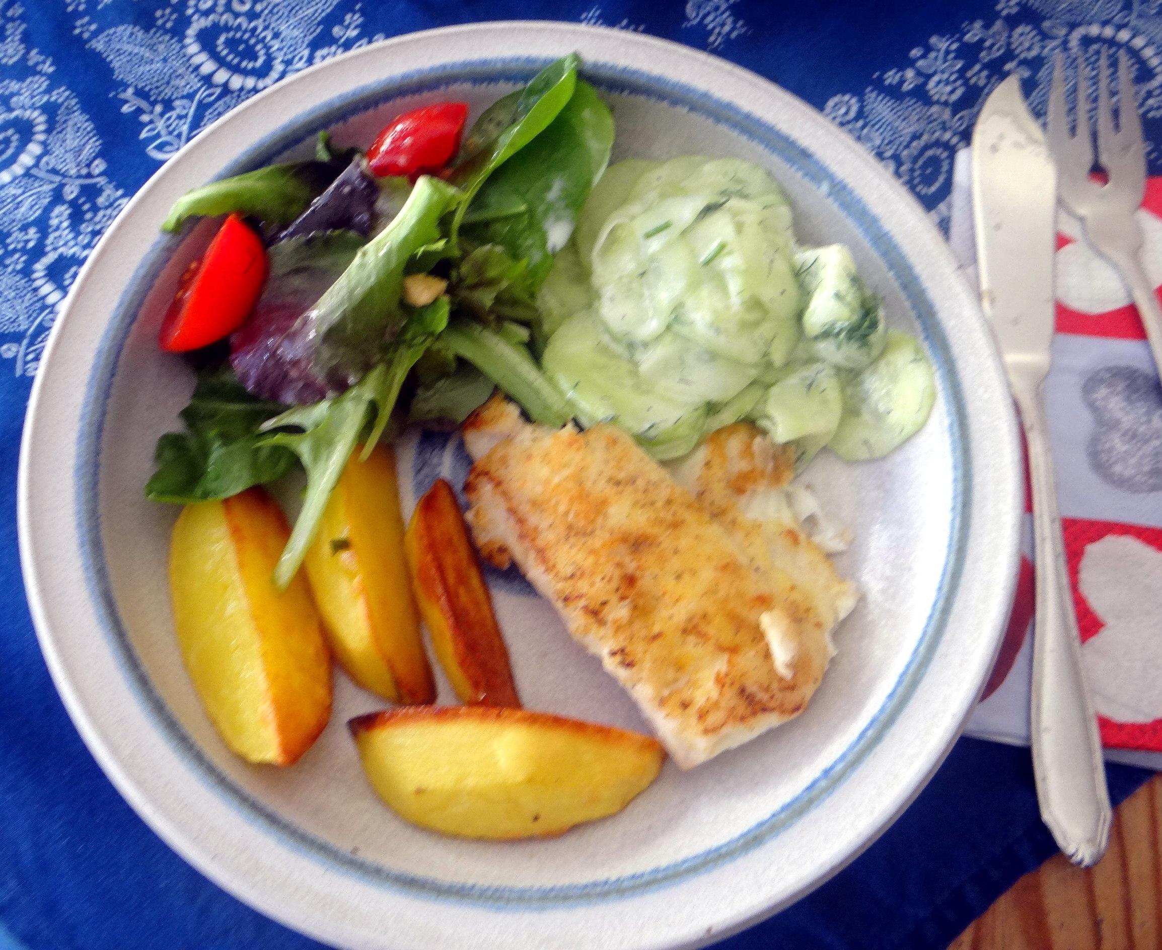 Kabeljau,Salate,Ofenkartoffeln (16)