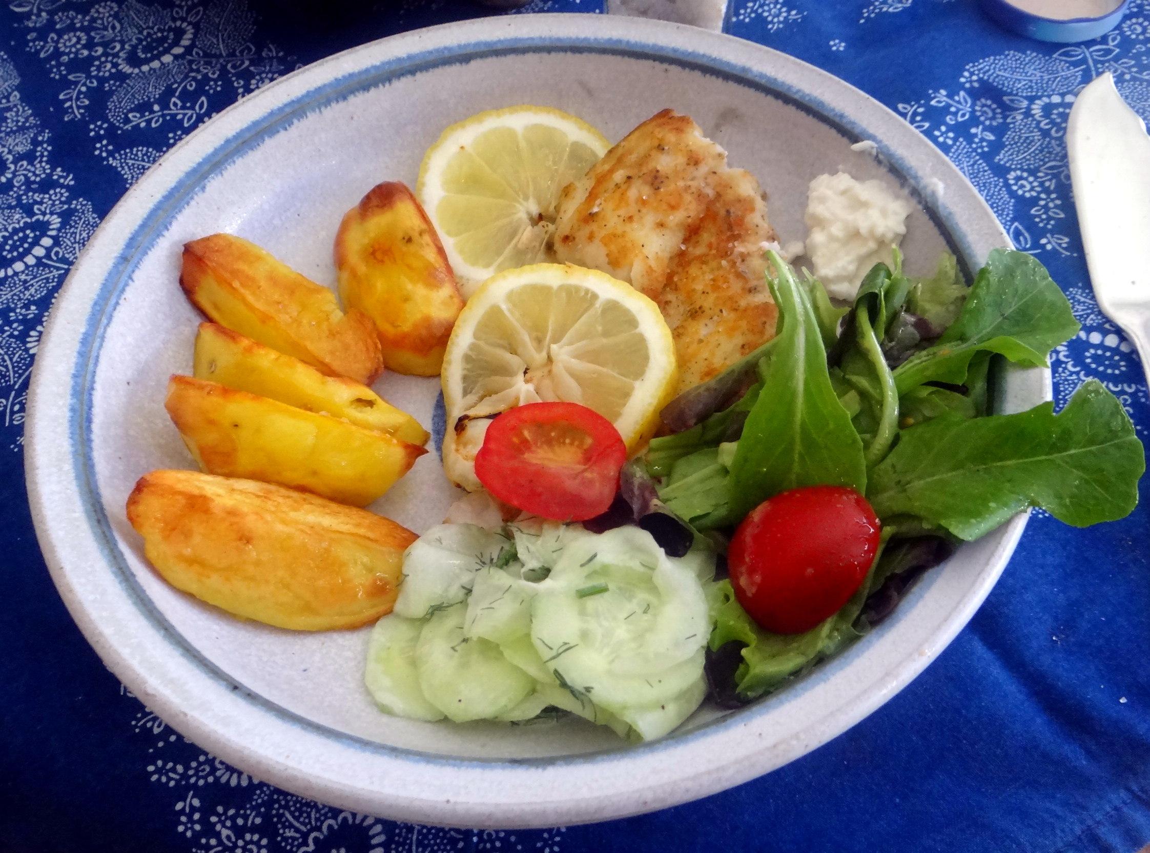 Kabeljau,Salate,Ofenkartoffeln (17)