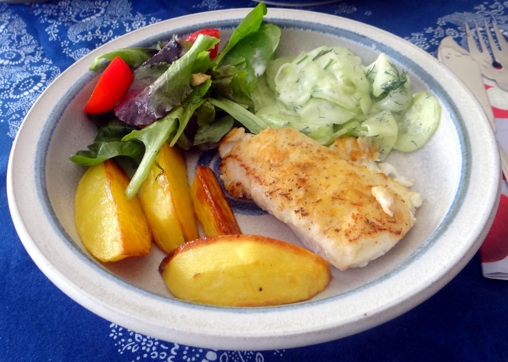 Kabeljau,Salate,Ofenkartoffeln (2)