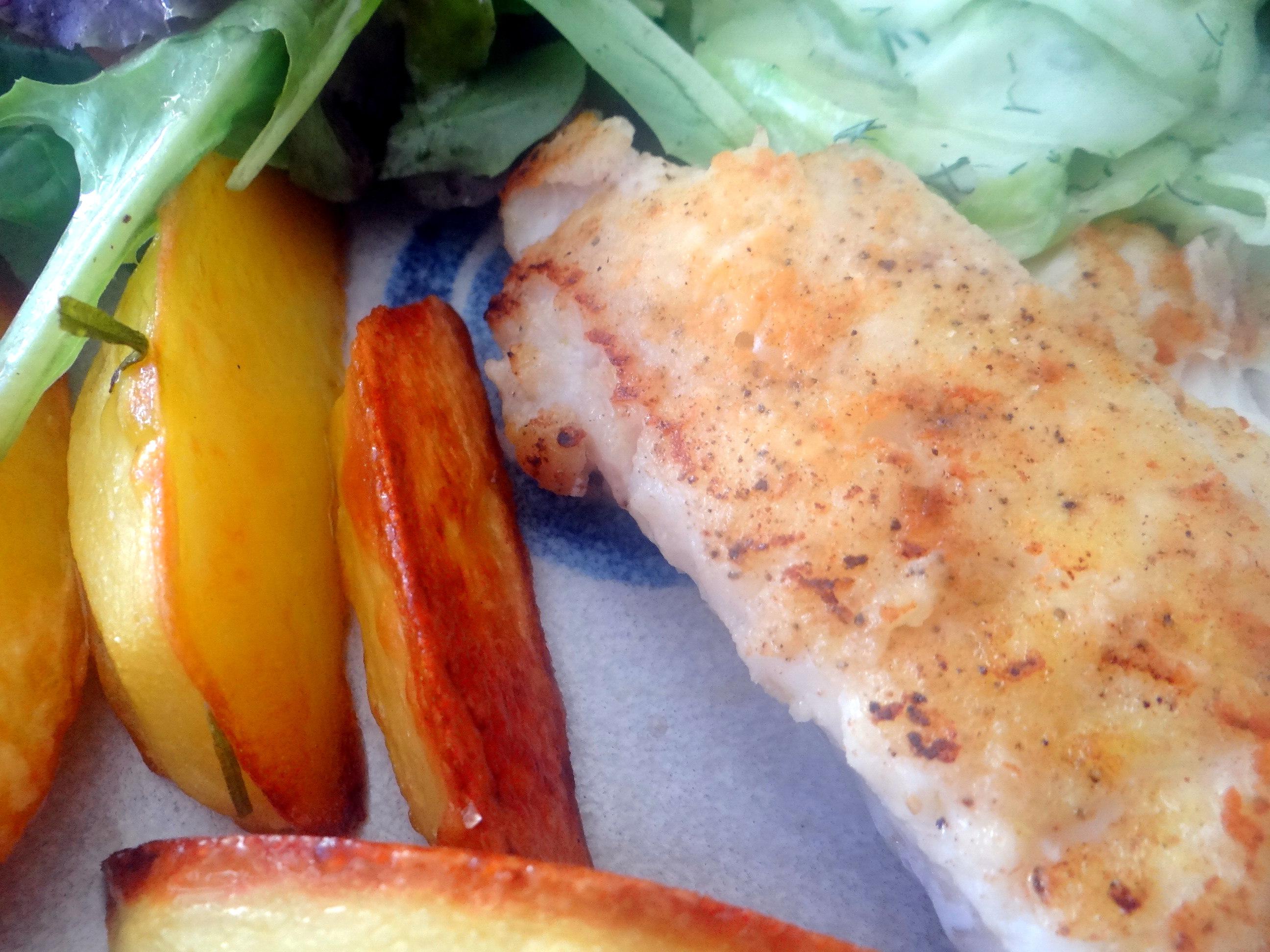 Kabeljau,Salate,Ofenkartoffeln (3)