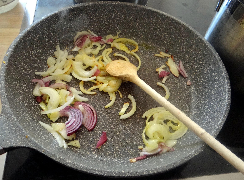 Wildkräuter Salat,Boullion Kartoffeln (19)