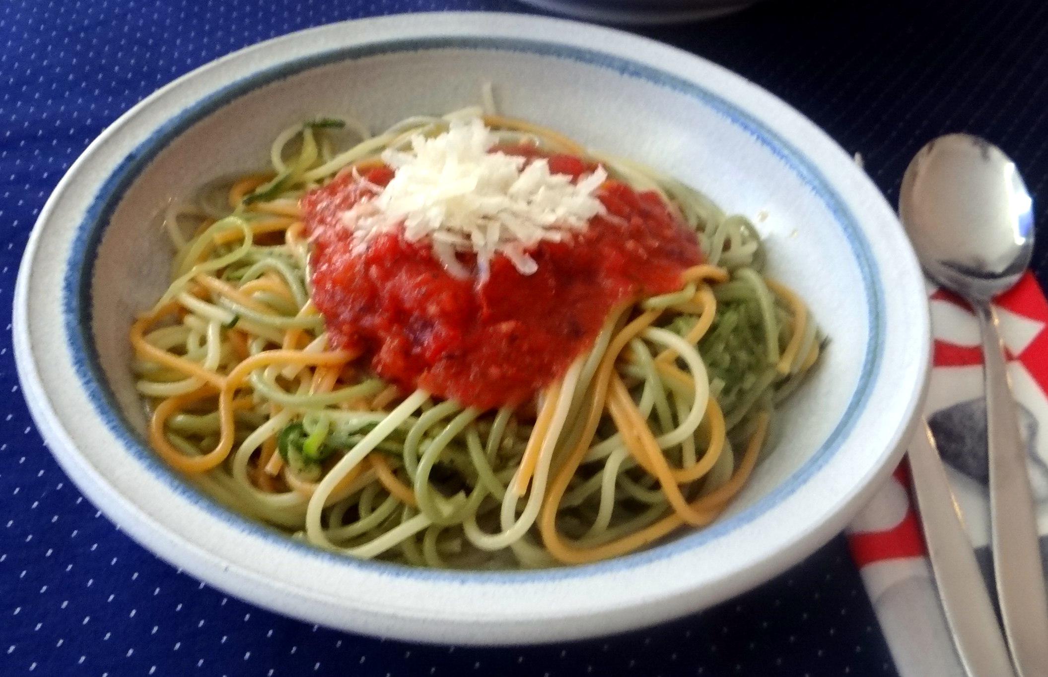 Zucchini Zoodles,Spaghetti,Tomatensauce (16)