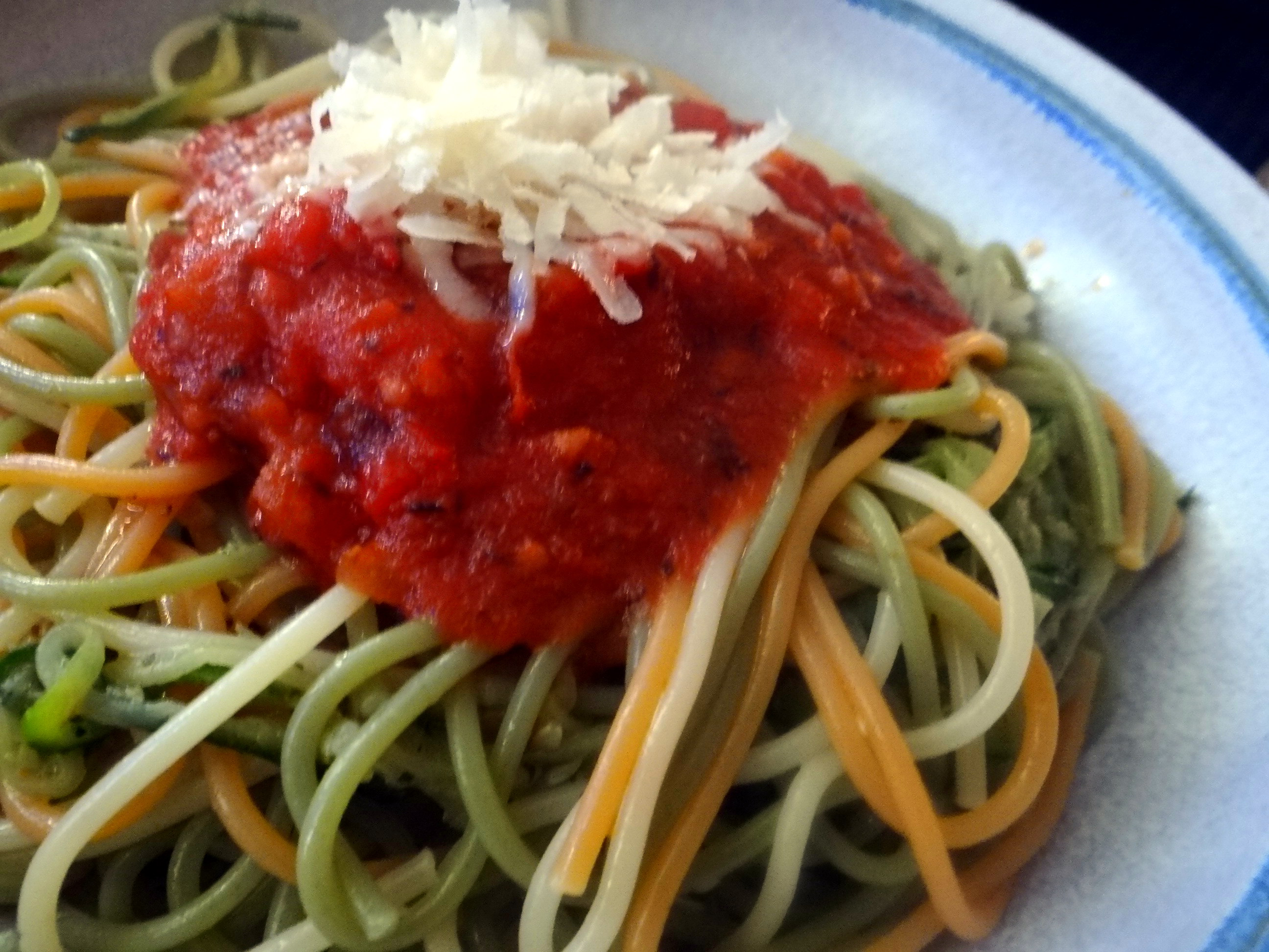 Zucchini Zoodles,Spaghetti,Tomatensauce (4)