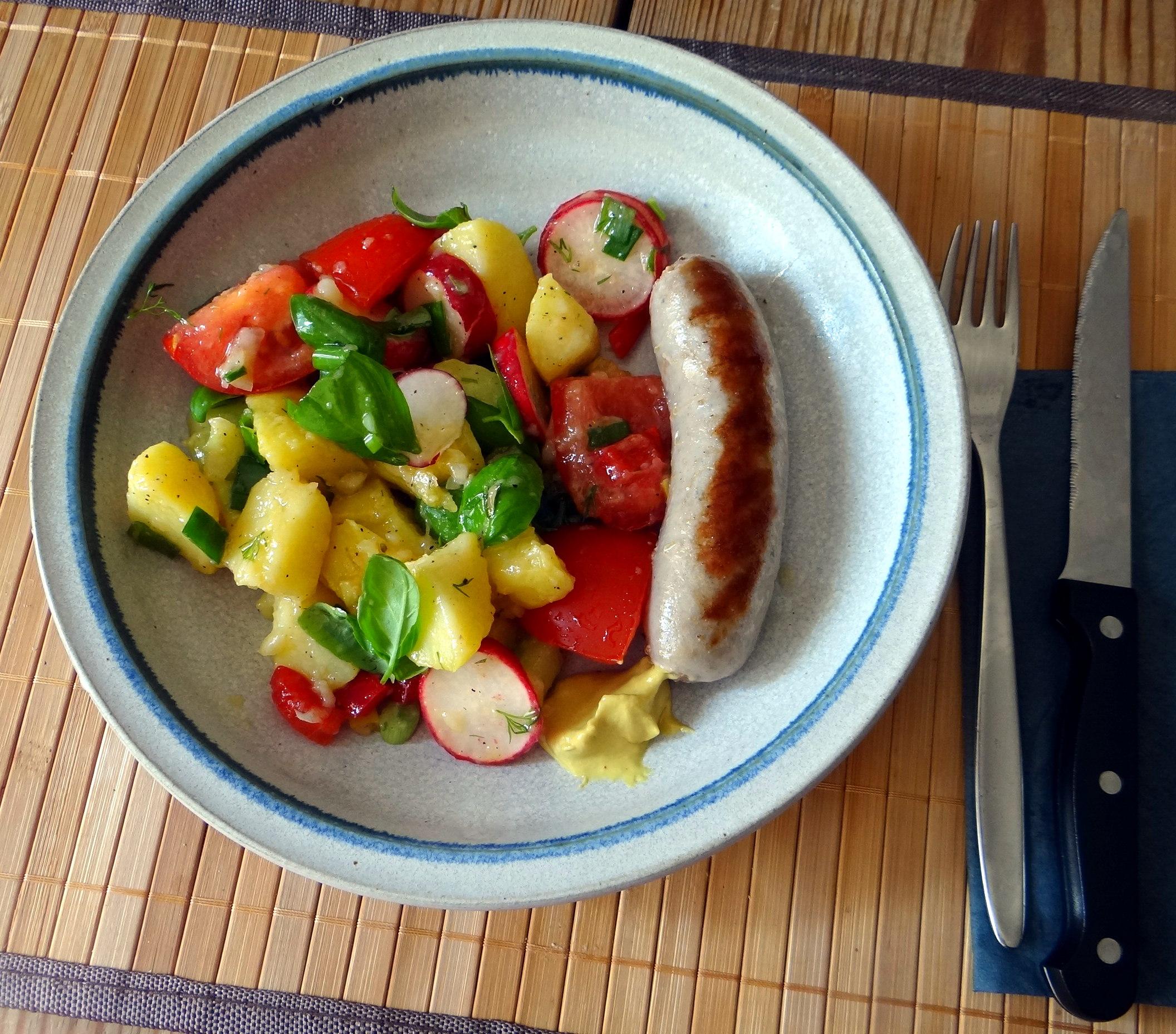 Mediterraner Kartoffelsalat,Bratwurst (2)