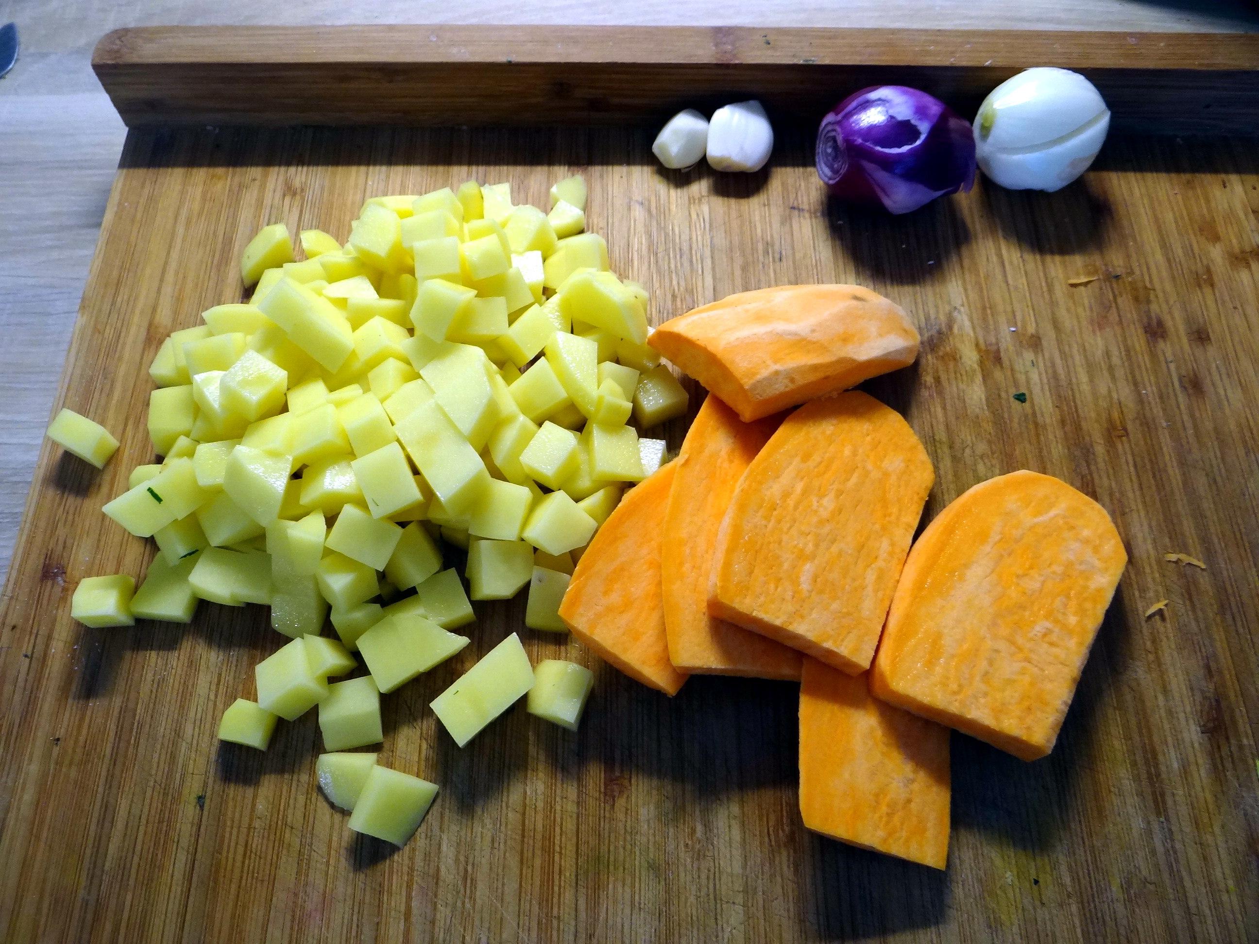 Rohgebratene Kartoffeln,Guacamole,Kohlrabisalat,Zitronenmuffins, , (6)