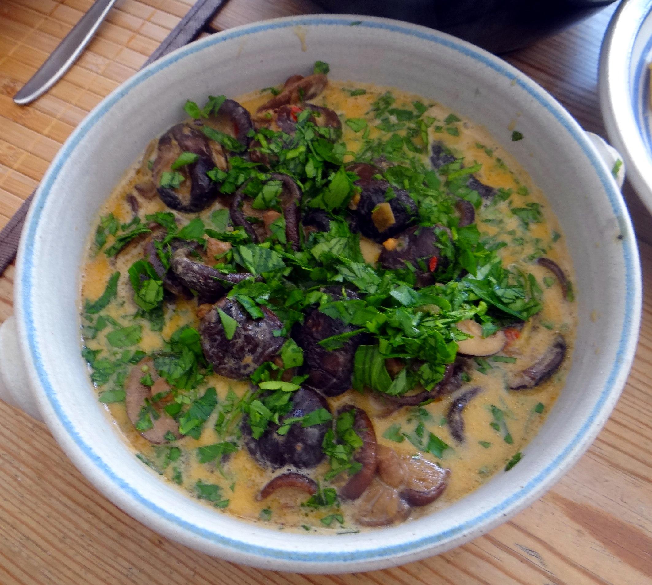 Shitake,Polenta,Pimientos,Salat, (17)
