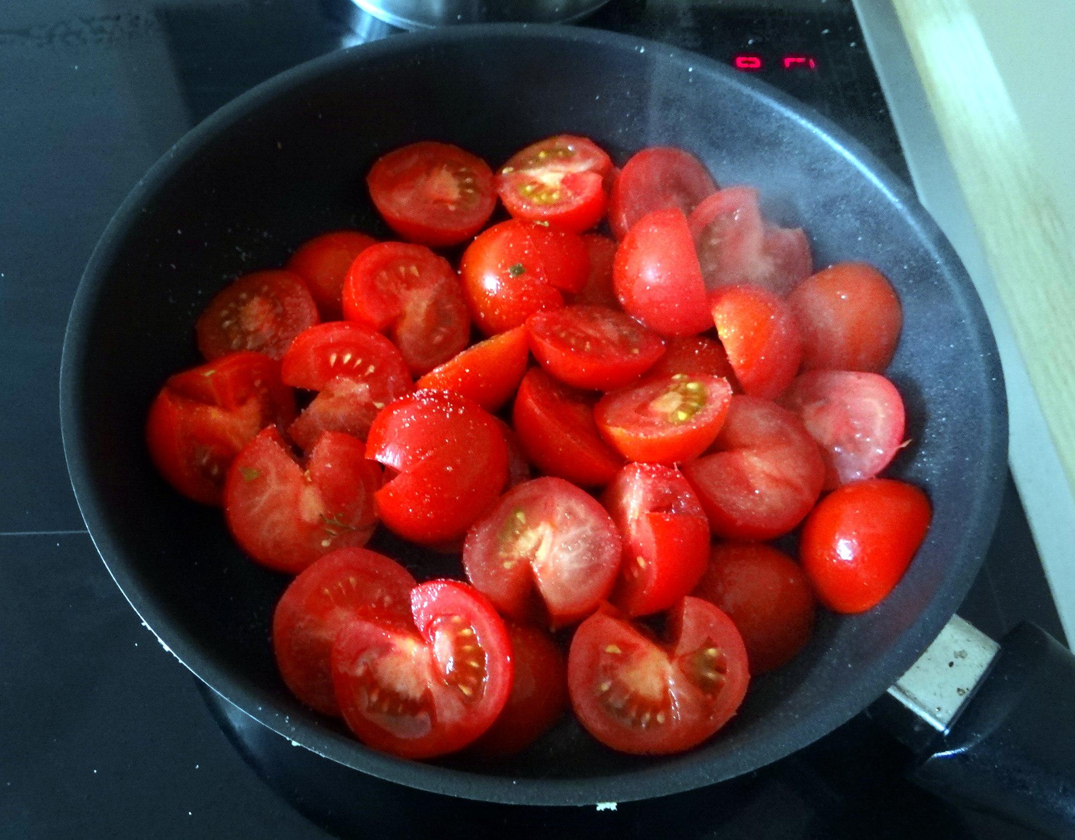 Tomaten Sugo,Couscous,Papardelle,Guacamole (16)