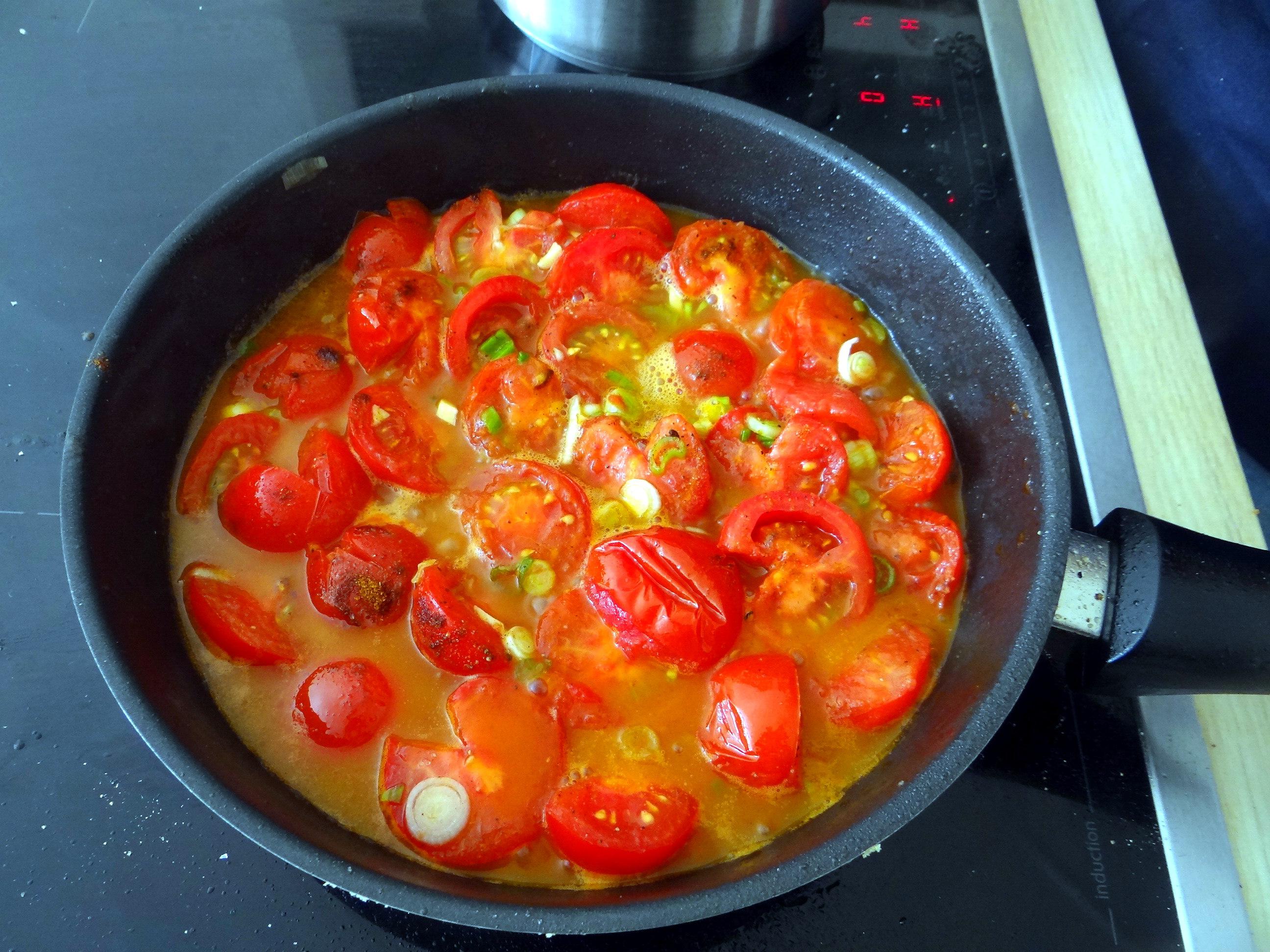 Tomaten Sugo,Couscous,Papardelle,Guacamole (4)