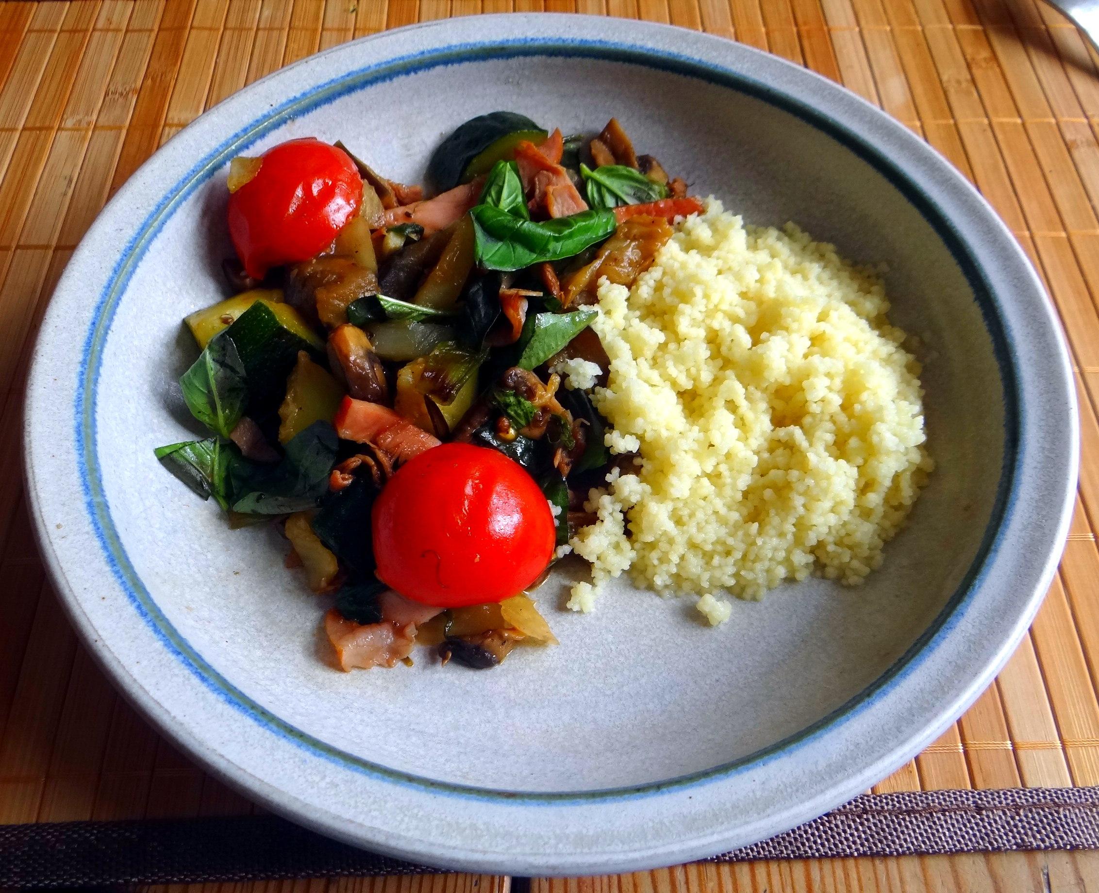 wokgemüse,,Couscous (18a) (1)