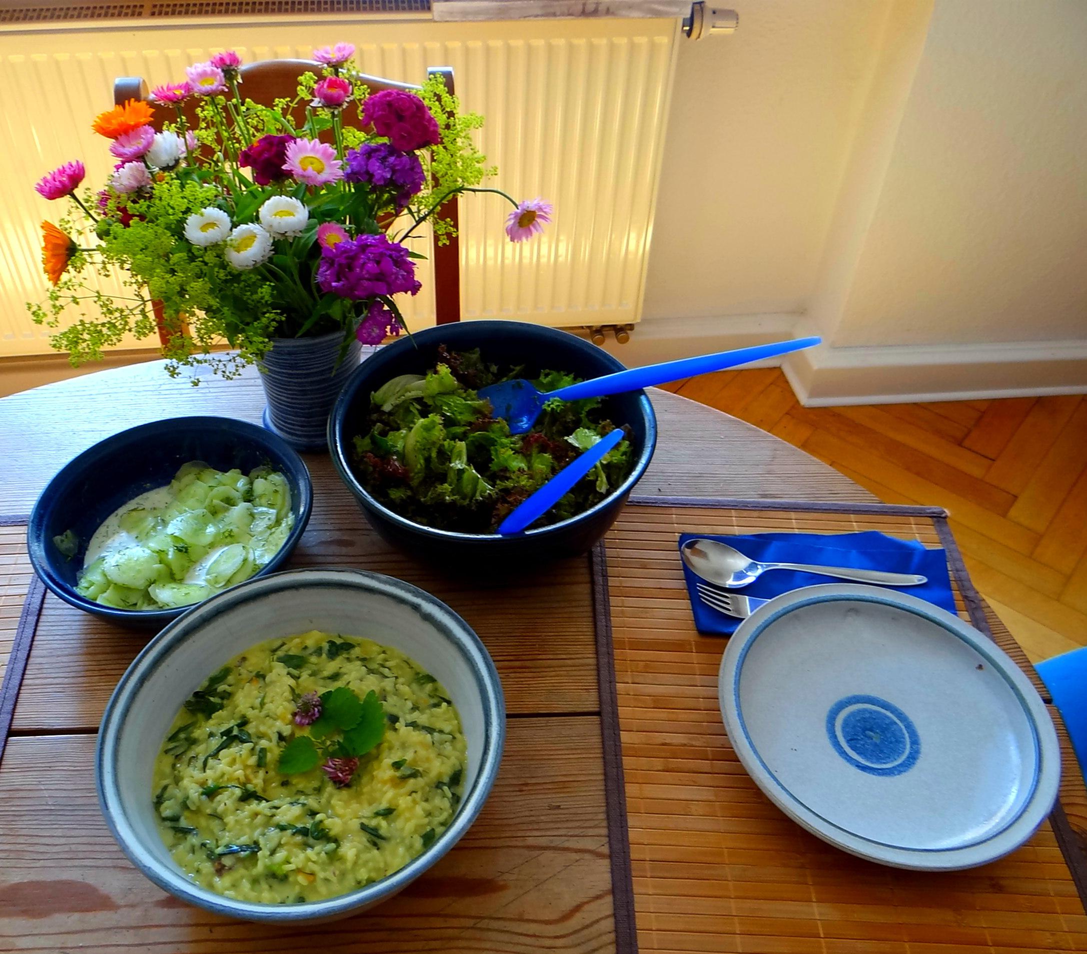 Zitronenrisotto mit Wildkräutern,Gurkensalat,Lollo Rosso,vegetarisch (4)