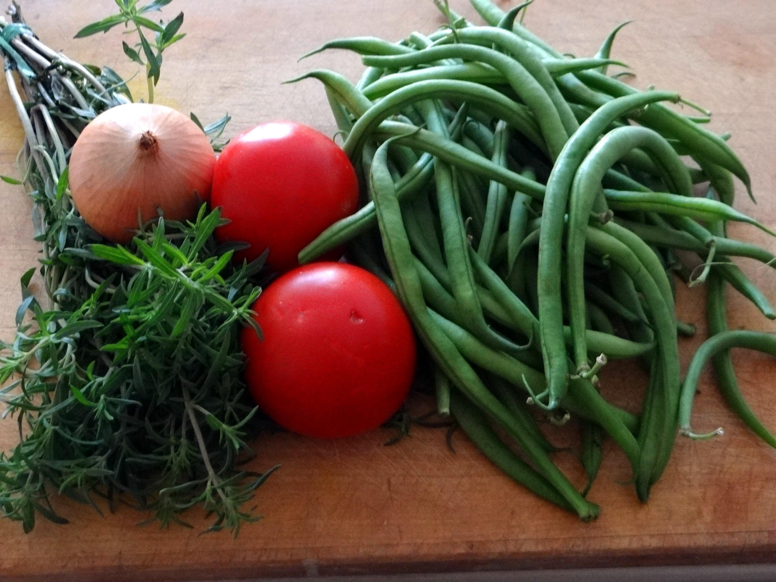 Bohnengemüse,Pellkartoffeln,Obstsalat (5)