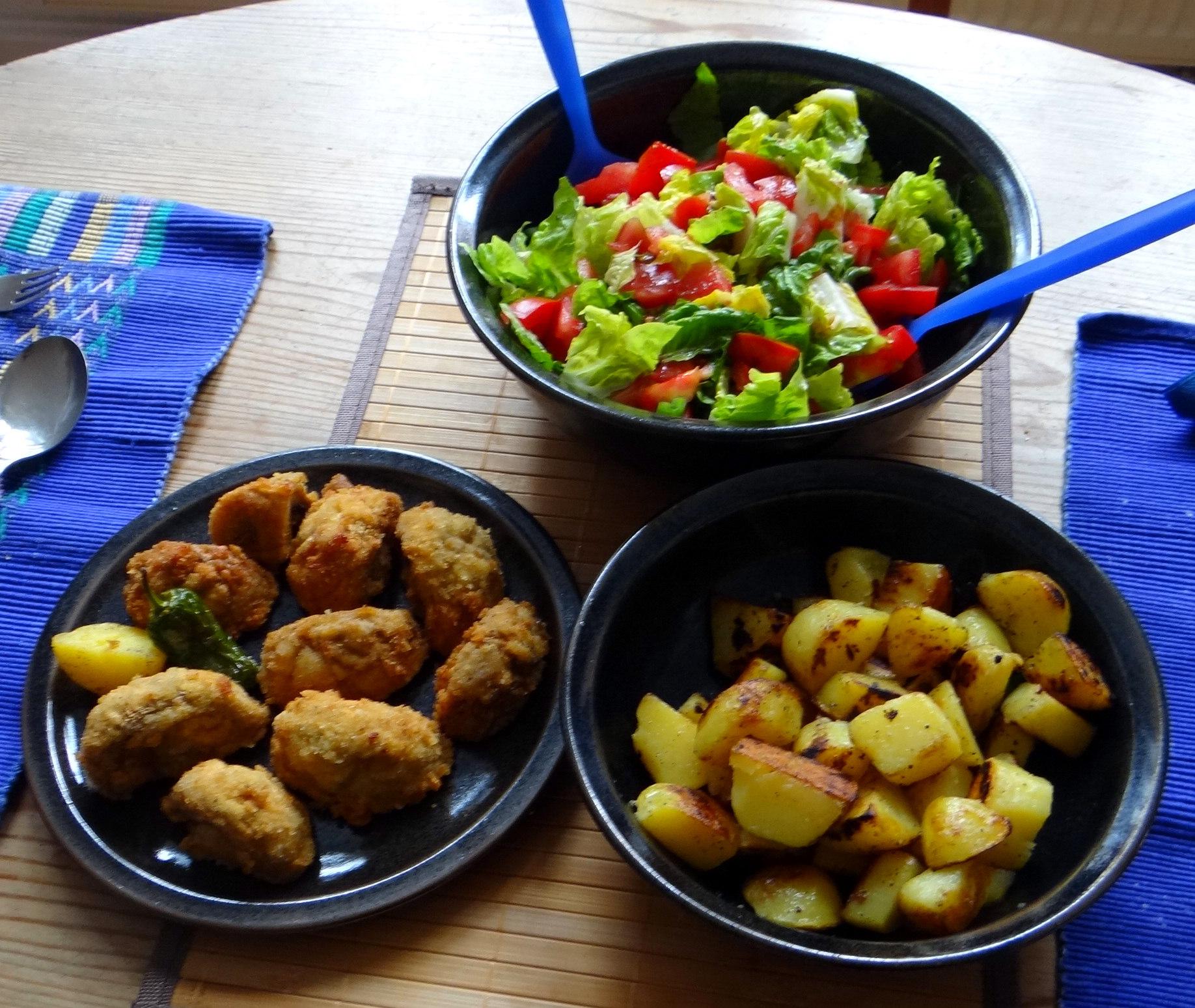 Fritierte Portobello,Bratkartoffeln,Pimientos,Salat,vegan (17)