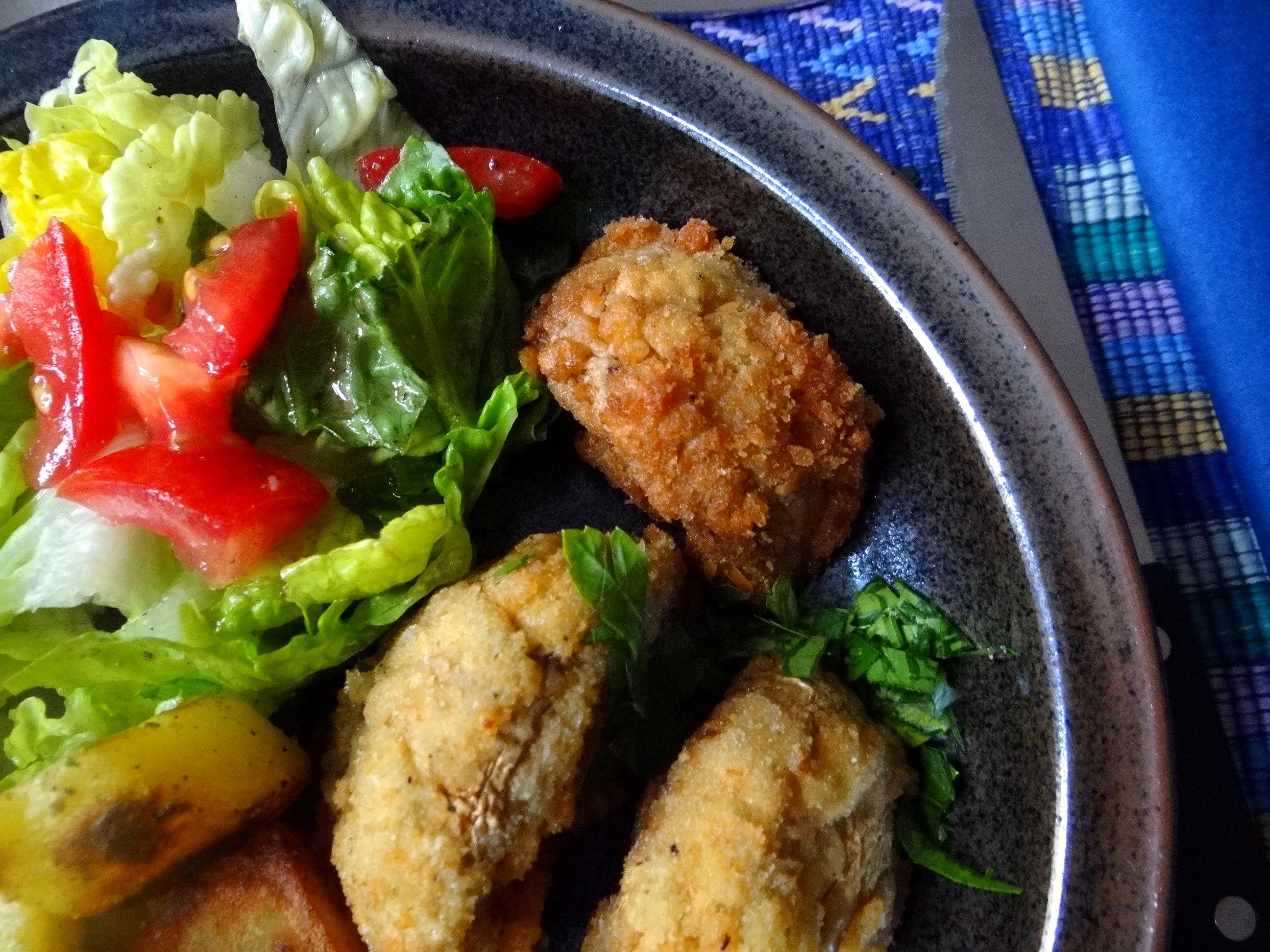 Fritierte Portobello,Bratkartoffeln,Pimientos,Salat,vegan (20)
