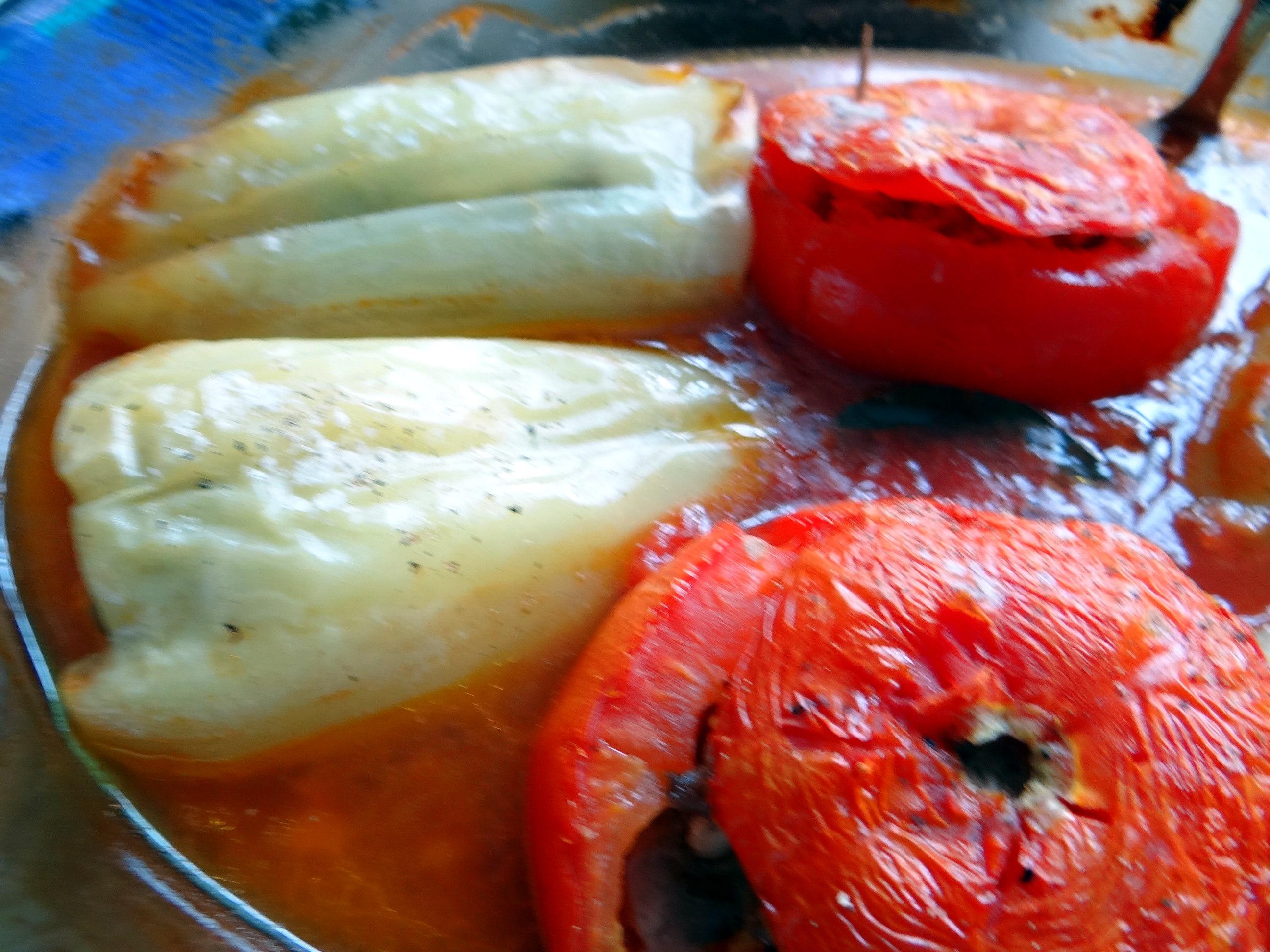 Gefüllte Paprika-Tomaten,Pellkartoffeln,Quarkspeise (14)