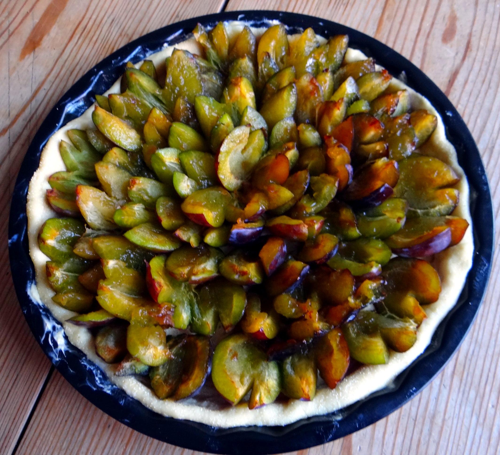 Braqtkartoffeln,Kräutersauce,Salat,Pflaumenkuchen (11)