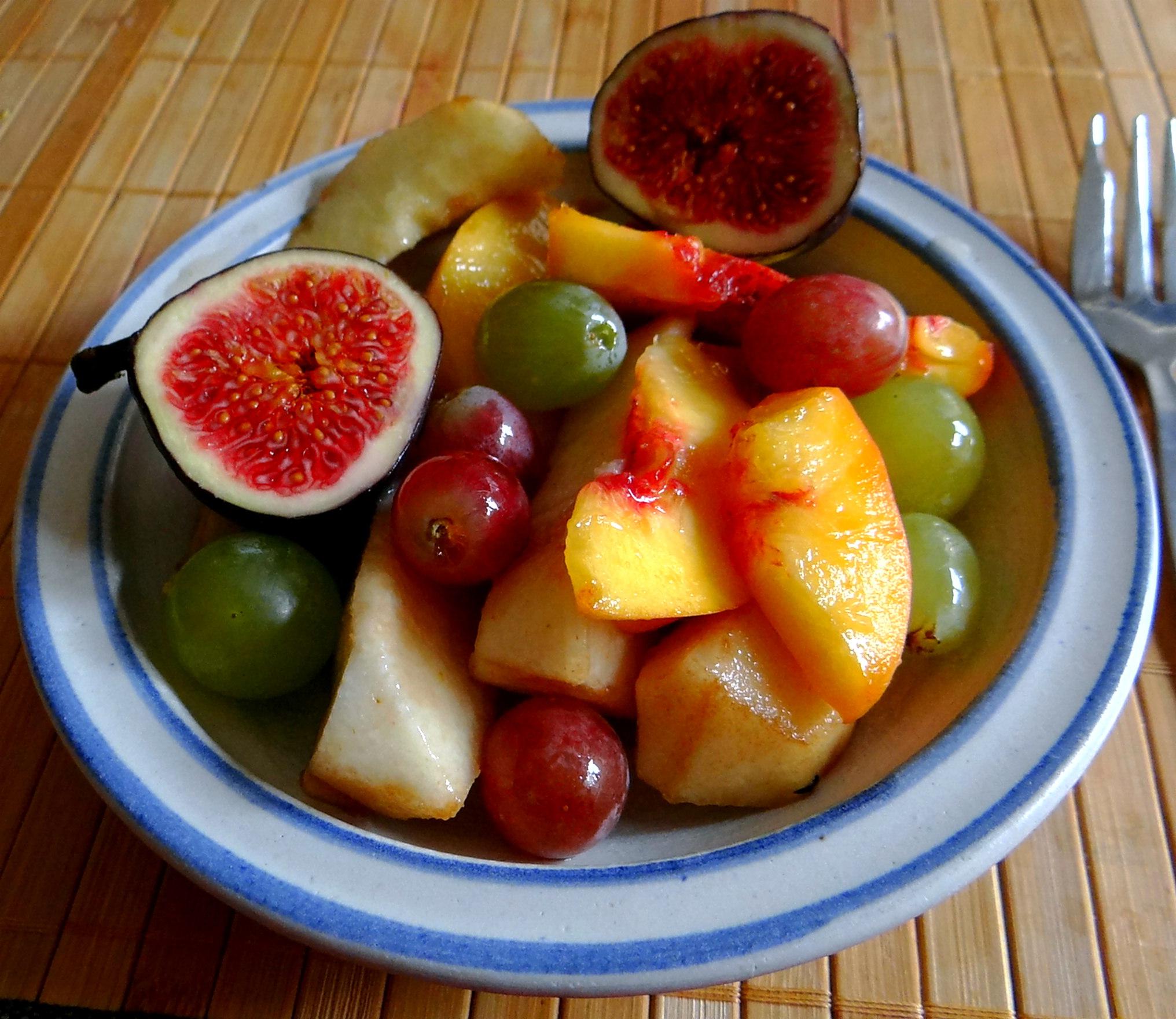 Bohnen Eintopf,Obstteller (15)