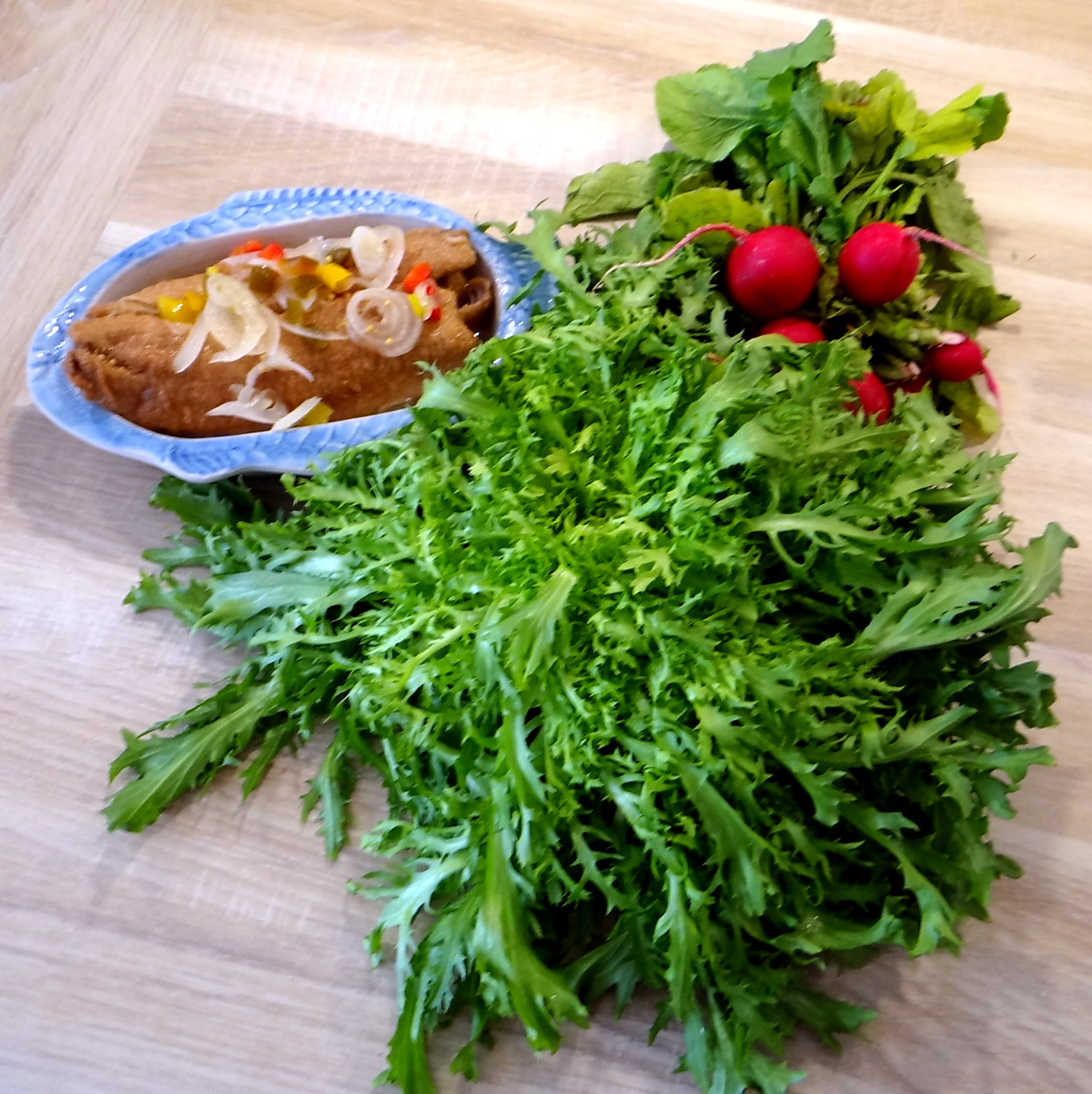 Brathering,Pellkartoffeln,Frisee Salat,Quarkspeise (8)
