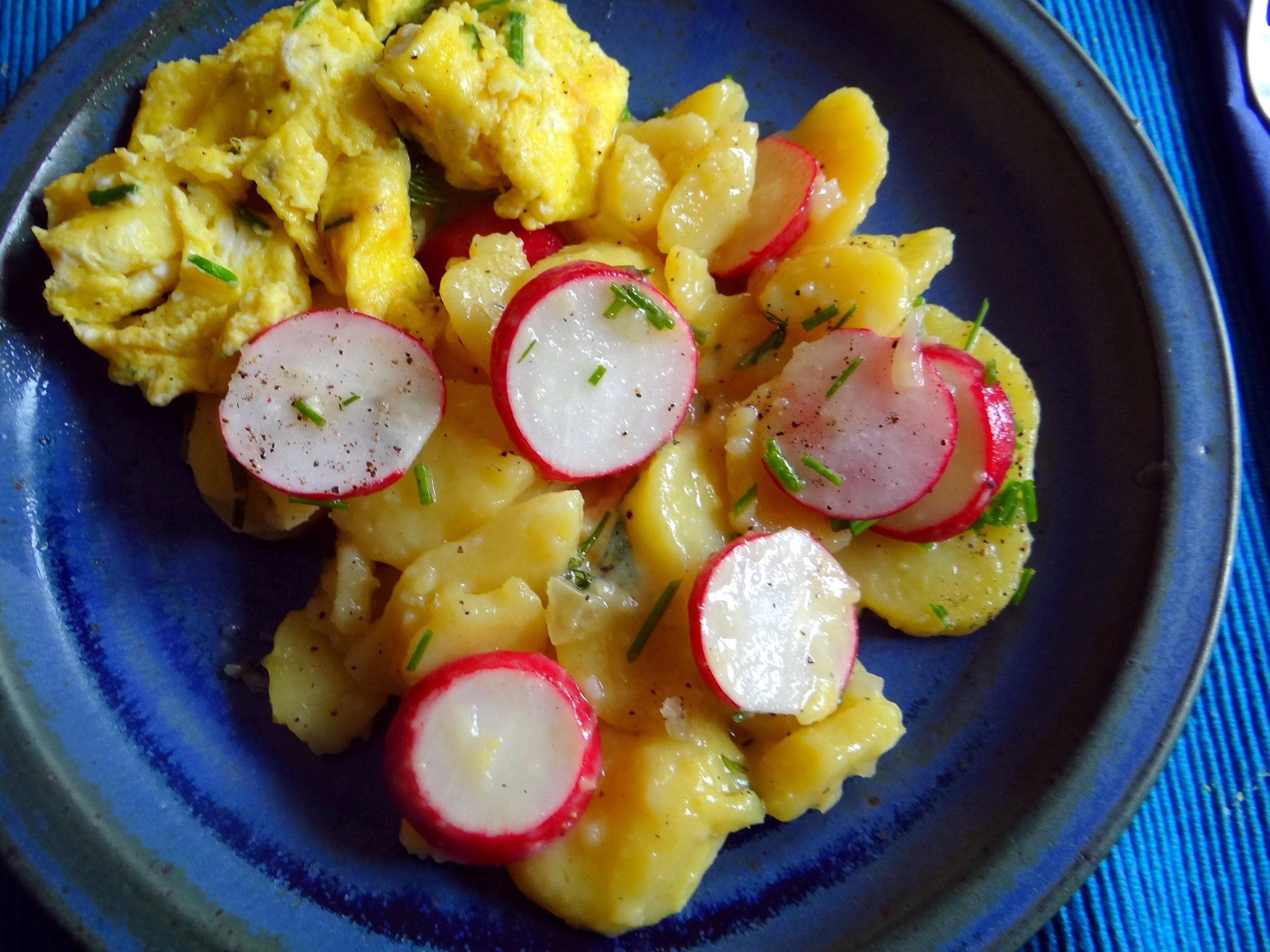 Kartoffelsalat,Rührei (13)