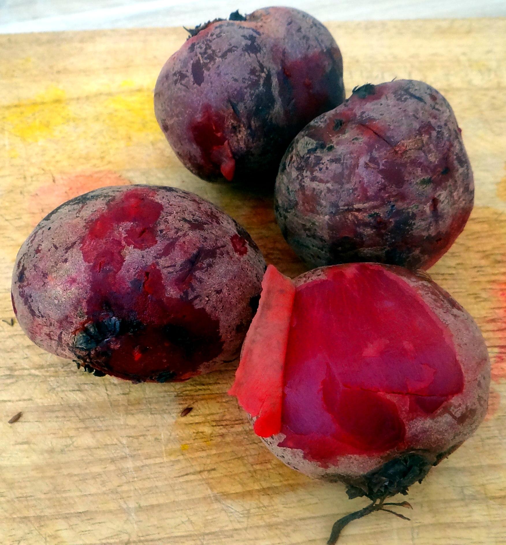 Matjes Tatar,Rote Beete Salat,Pellkartoffeln,Apfelkompott (7)