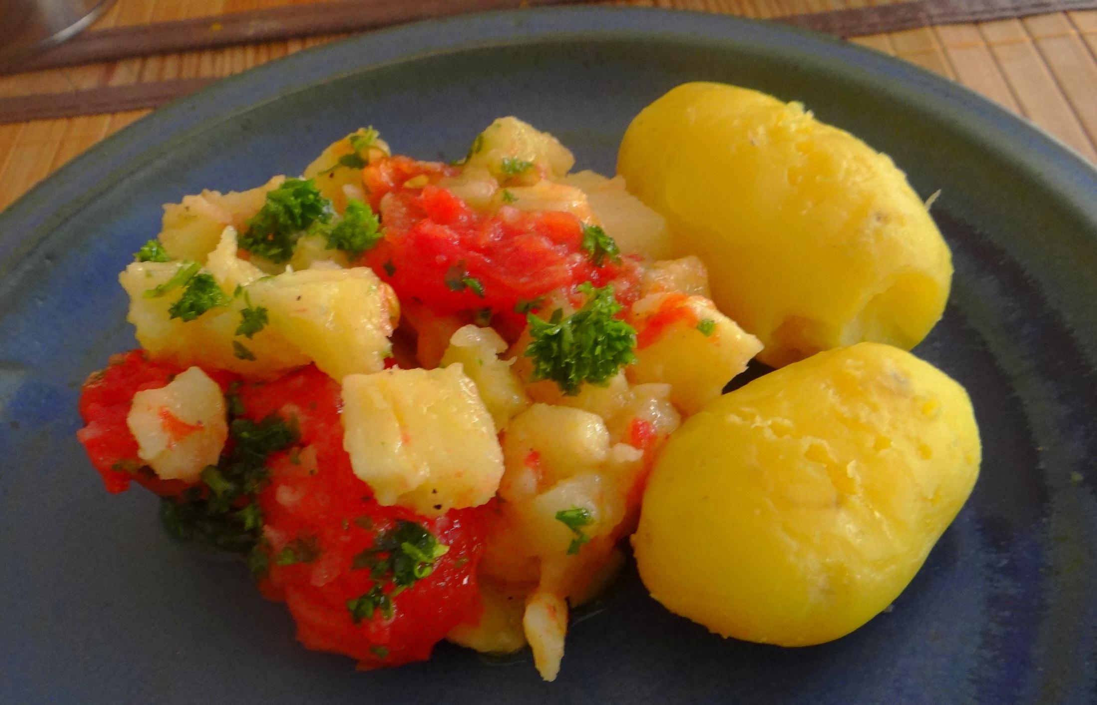 Pastinaken mit Tomaten,Pellkartoffeln (10)