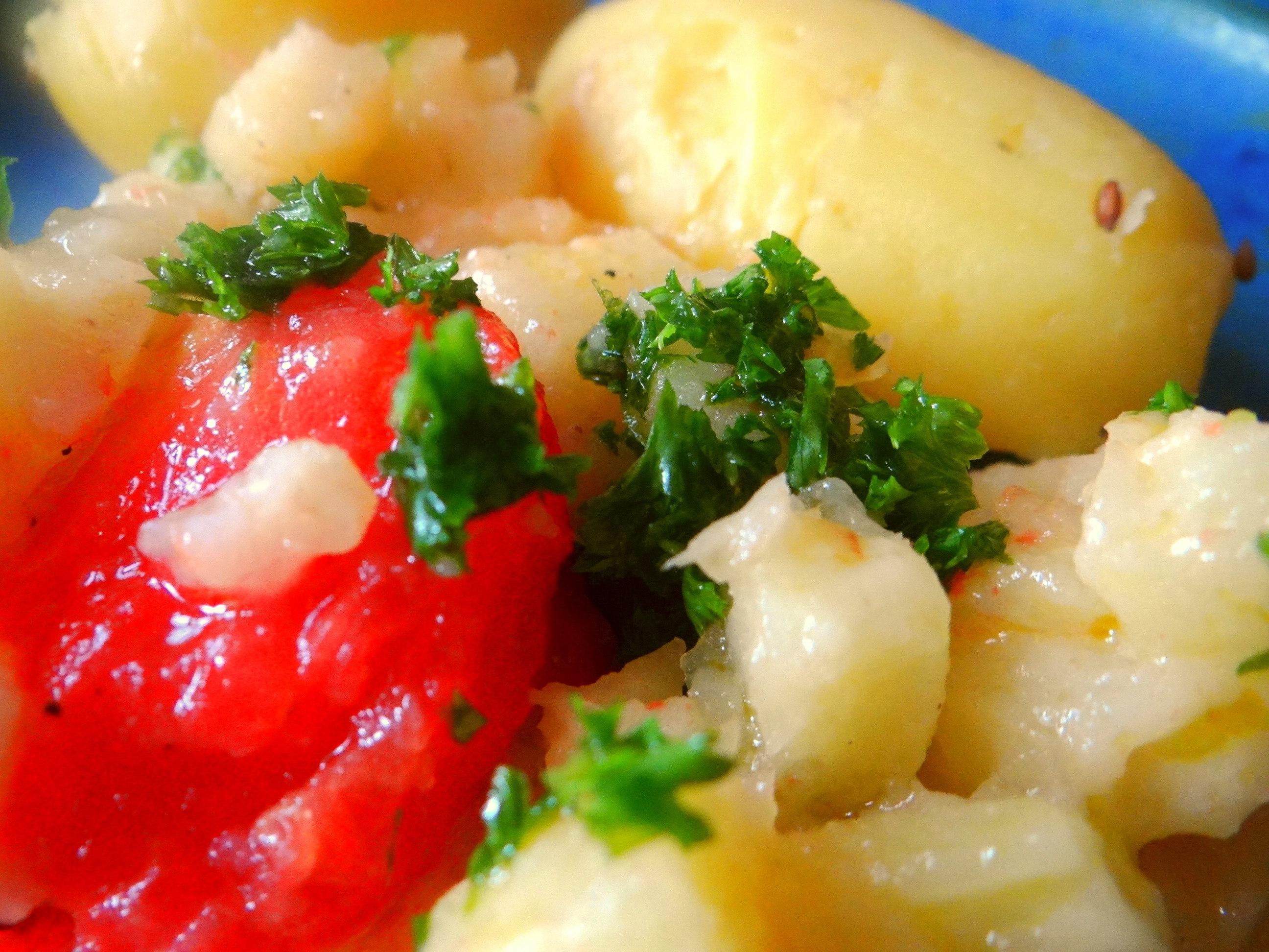 Pastinaken mit Tomaten,Pellkartoffeln (3)