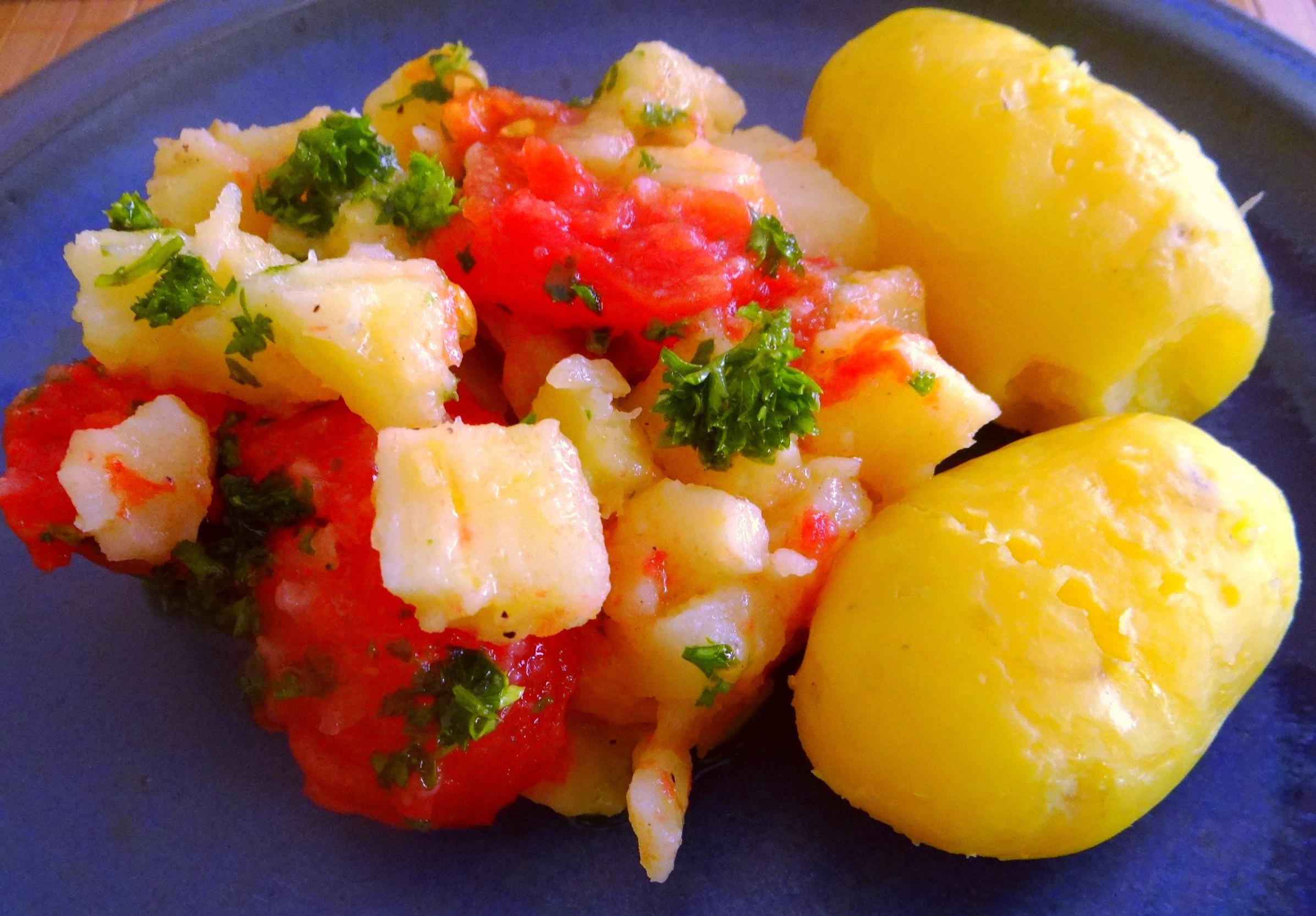 Pastinaken mit Tomaten,Pellkartoffeln (9)