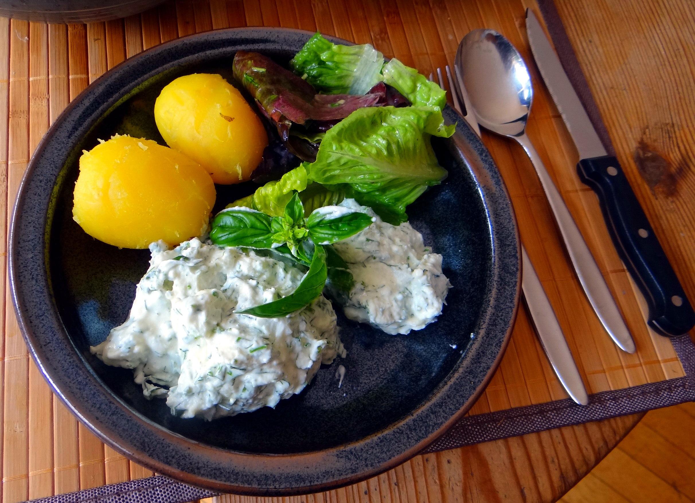 Quark,Kartoffeln,Salat (1)
