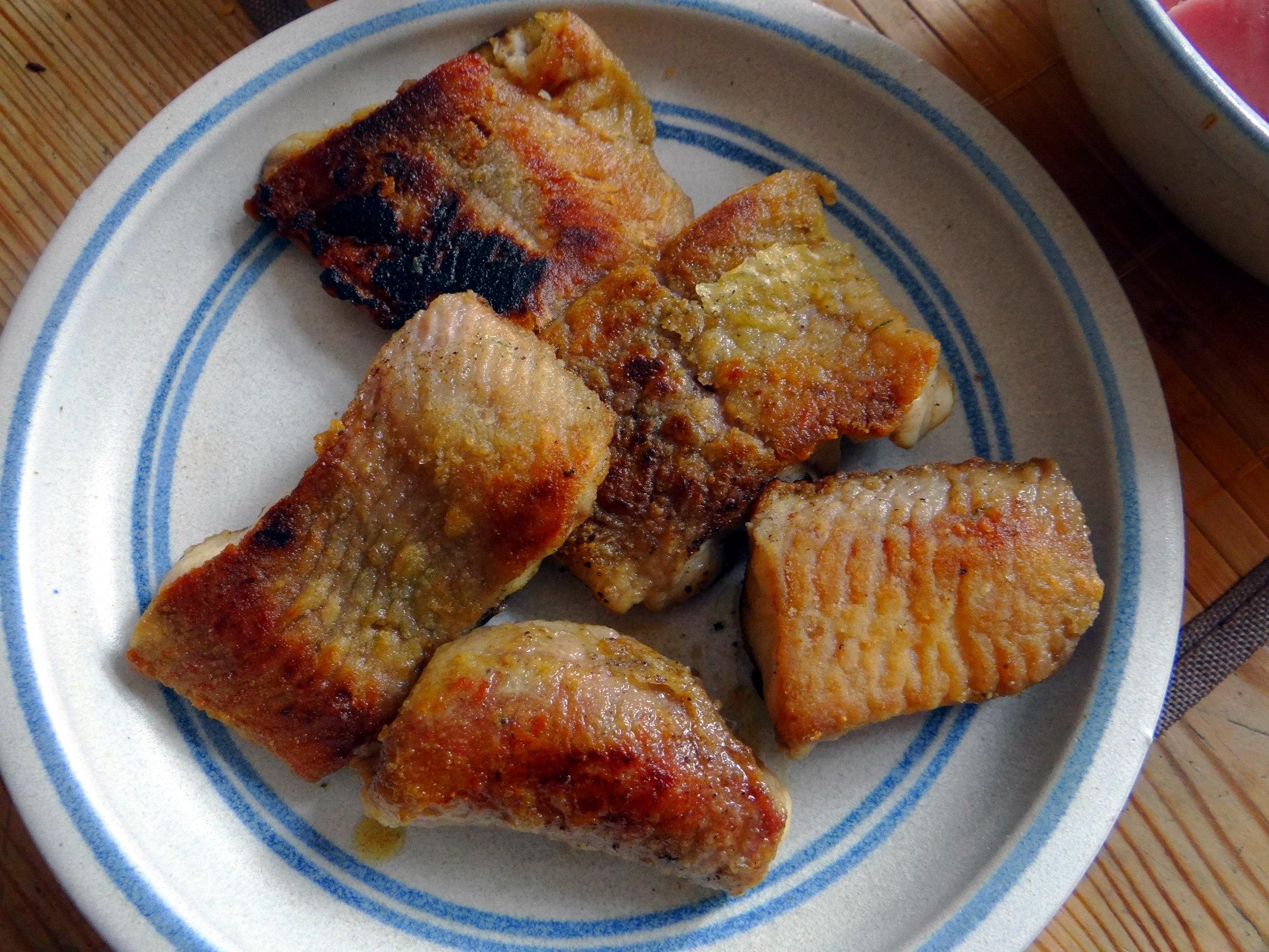 Wels mit roten Kartoffeln und Kaiserschoten (7)