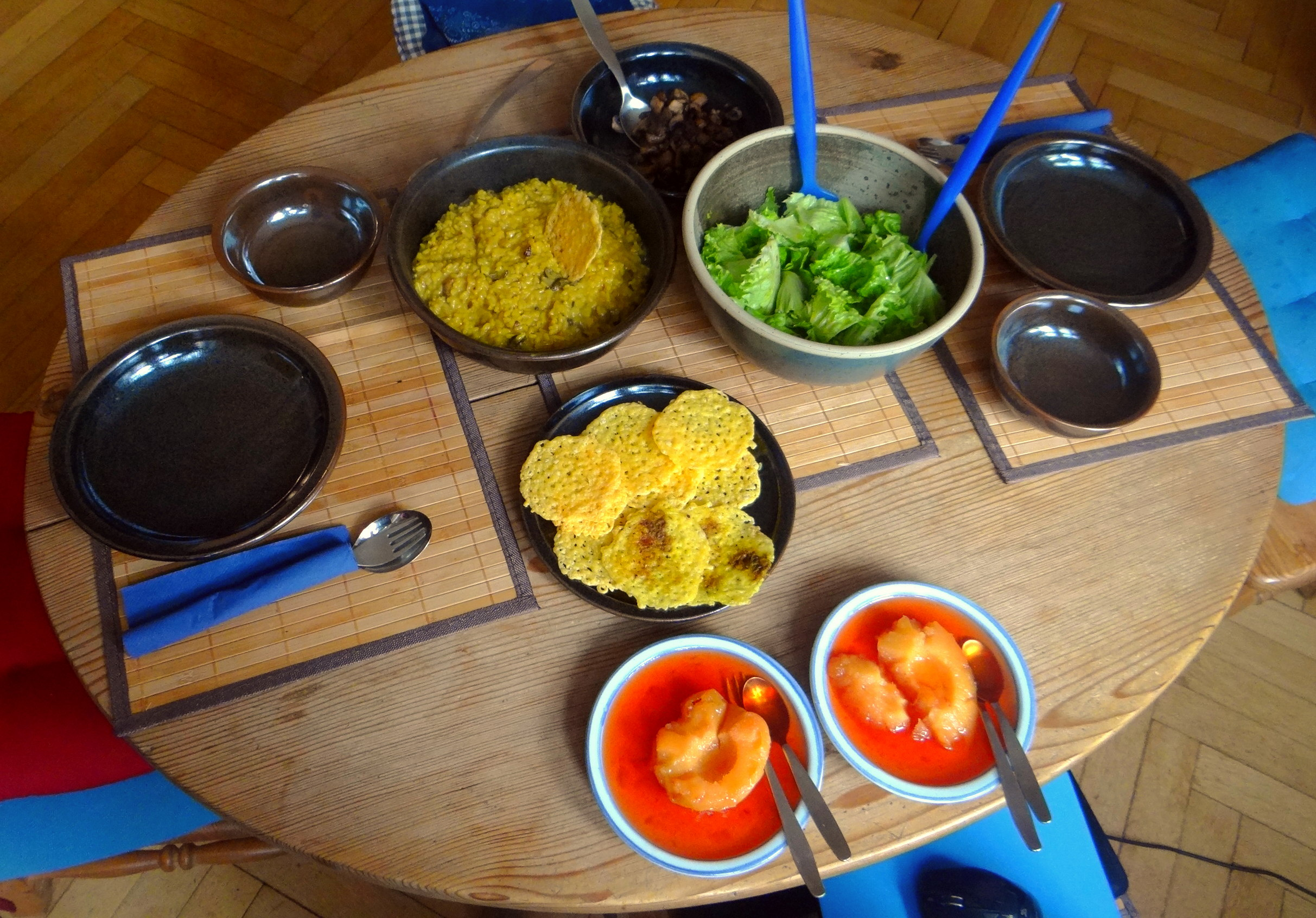 Austernpilz Risotto,Chamignon,Käse Cräcker,Salat,Quitten (6)
